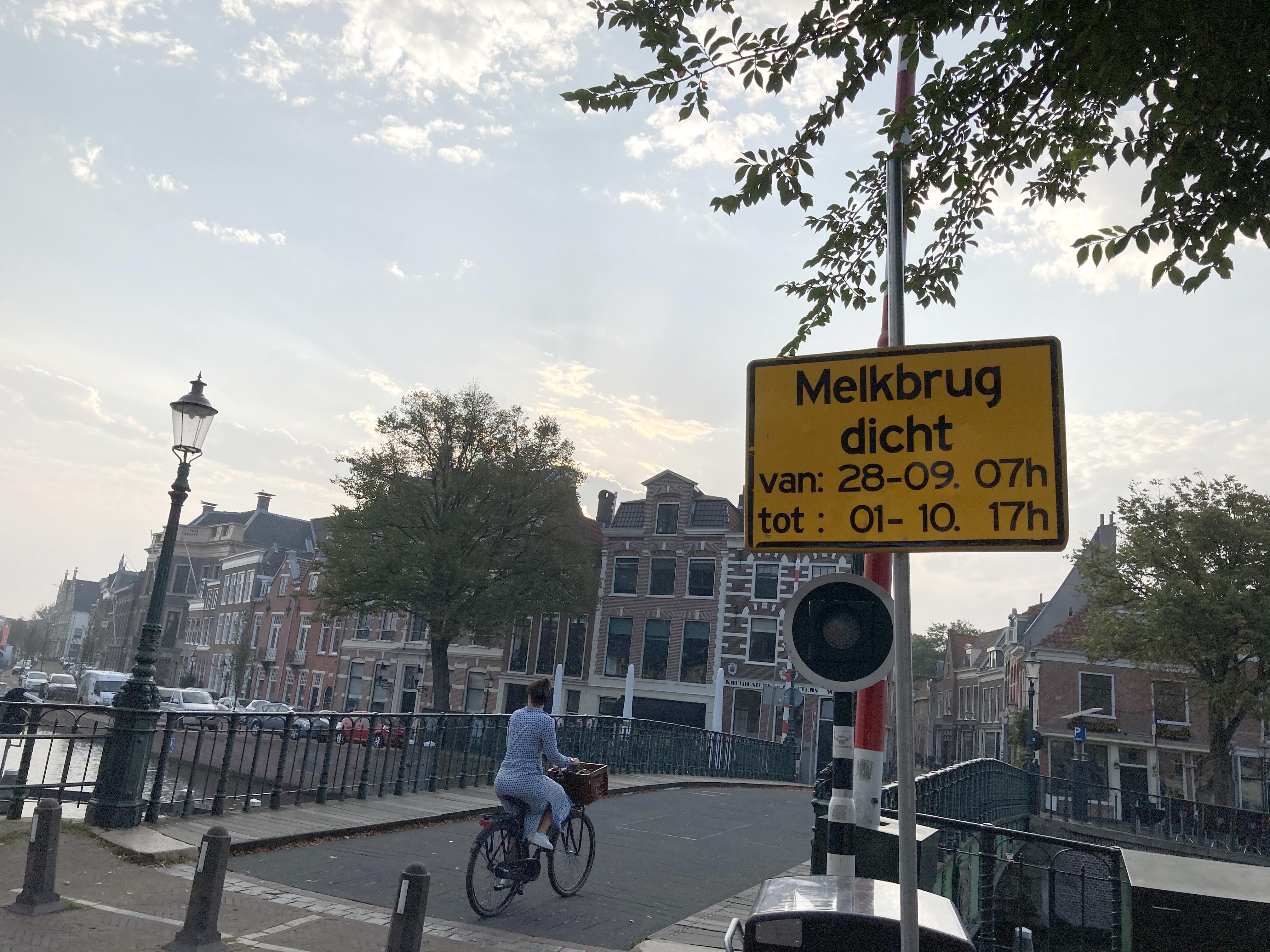 Melkbrug in Haarlem enkele dagen gestremd door onderhoud