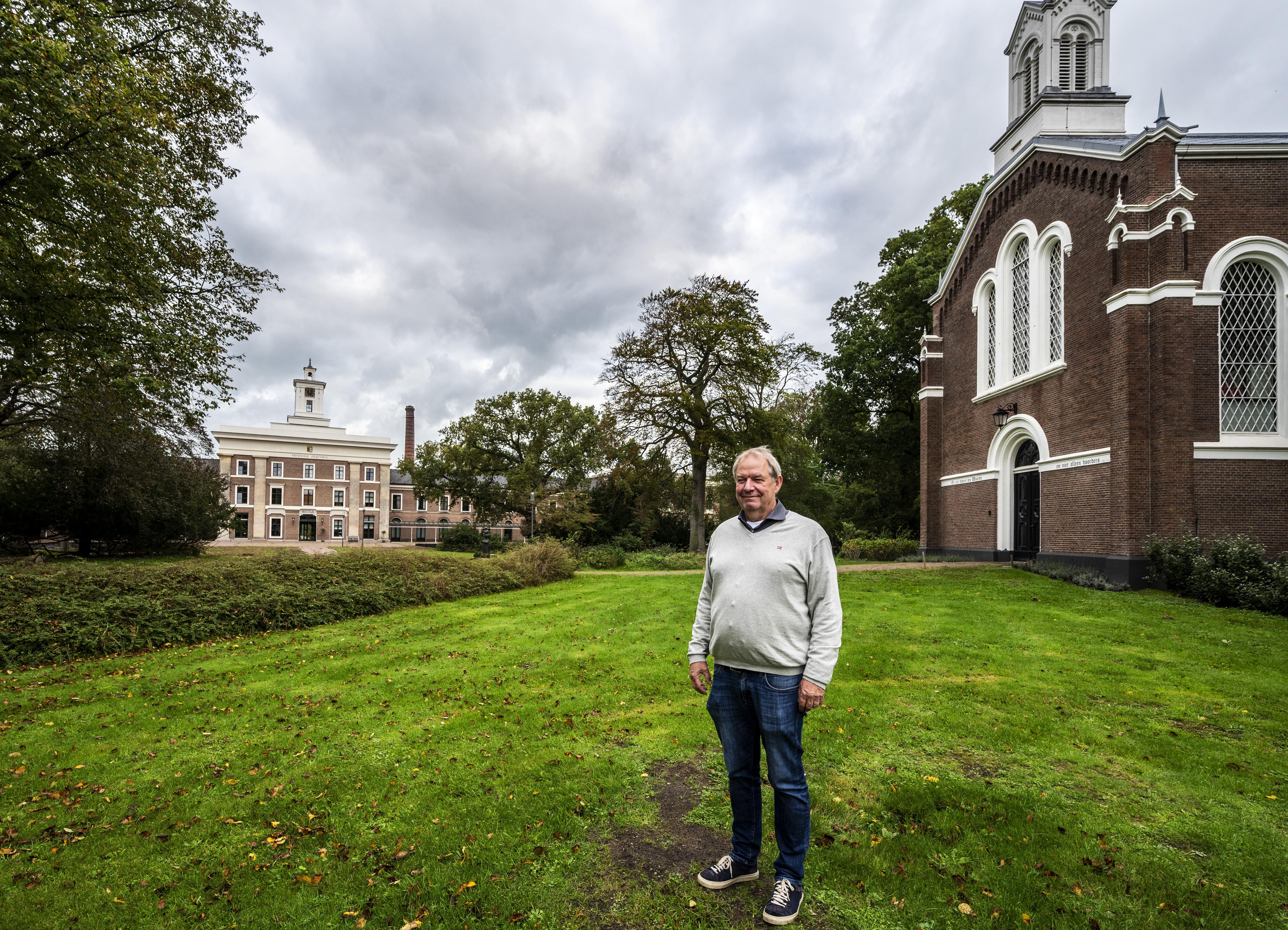 Gekken in de kerk legt in beeld en verhaal geschiedenis vast van progressief Provinciaal Ziekenhuis Santpoort: Je zit hier niet voor zweetvoeten