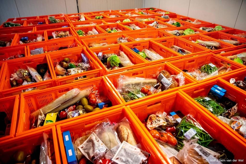 Ministerie: niet gek dat voedselbankmiljoenen nog op plank liggen