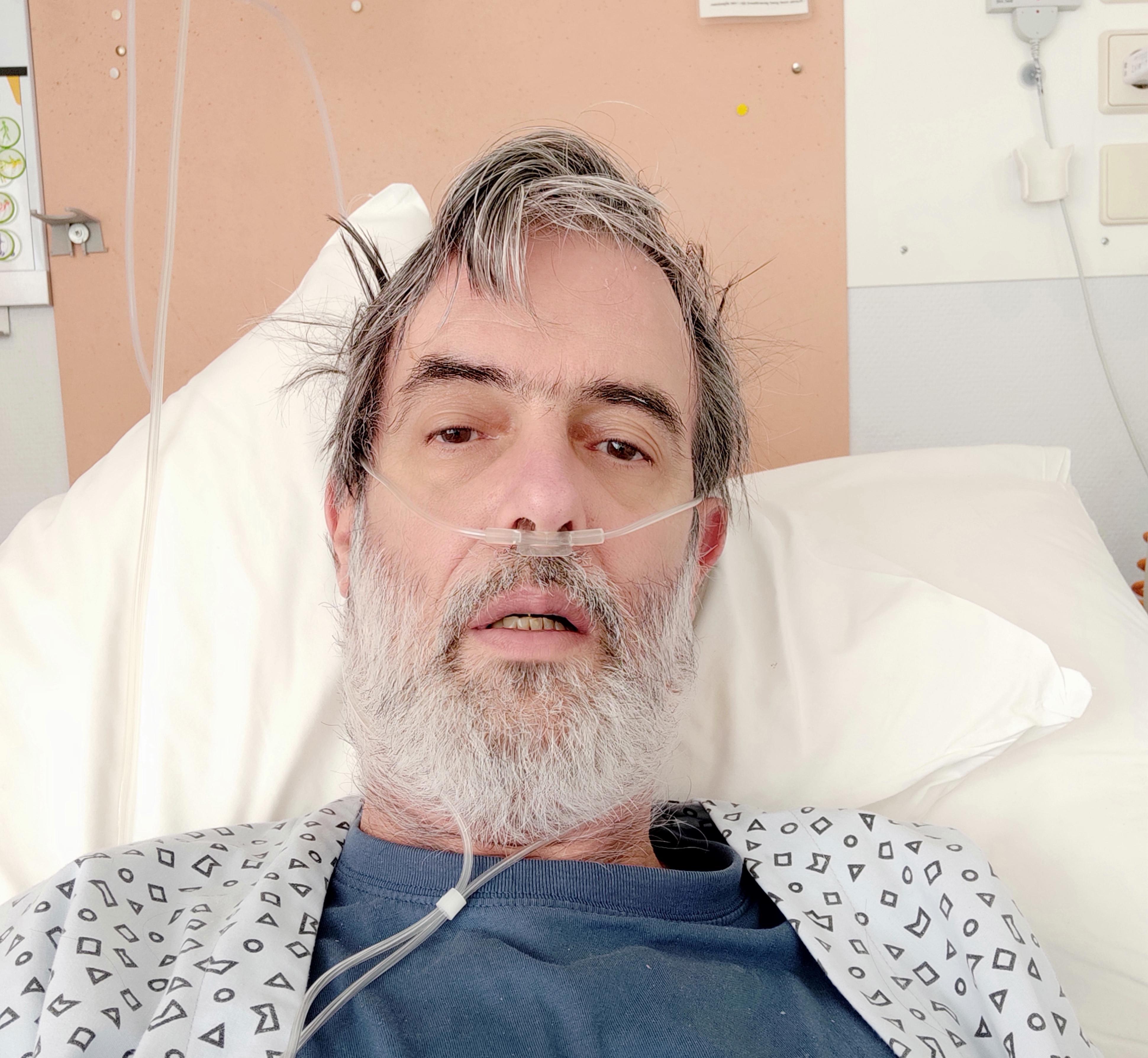 Evert Marsmans uit Westerland ontwaakt uit zijn corona-nachtmerrie: 'Ik voelde pure paniek en was bang dat ik mijn gezin niet meer zou zien. Maar ik appte ook niet met het thuisfront: ik denk dat ik dood ga'