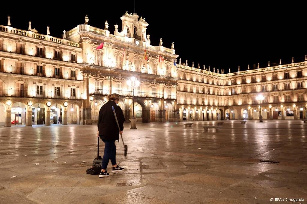 Spaanse premier Sánchez kondigt noodtoestand om corona af tot mei