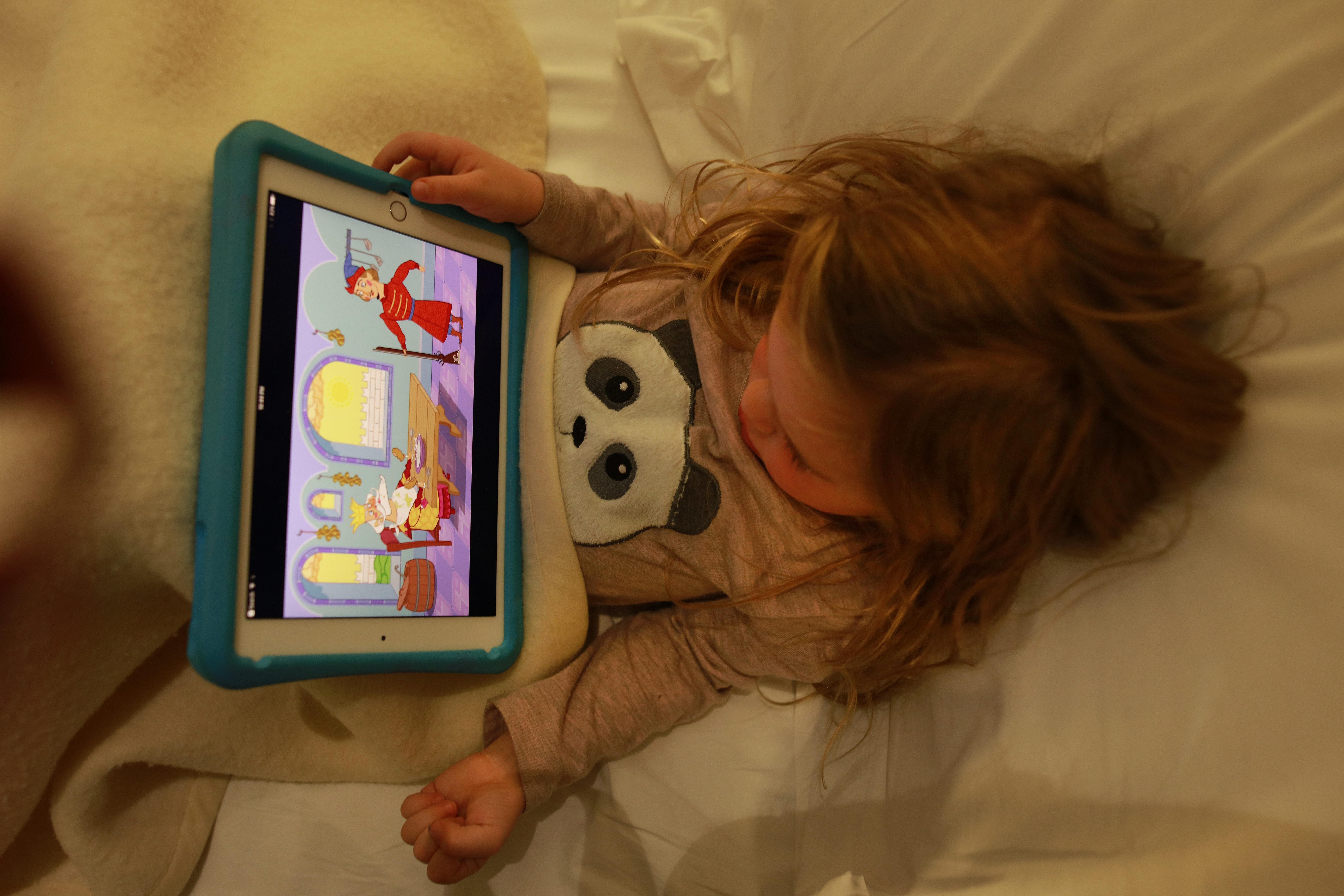 Ontwikkelingspsycholoog Steven Pont over mateloos onlinegedrag bij kinderen: 'Er is veel slap ouderschap'