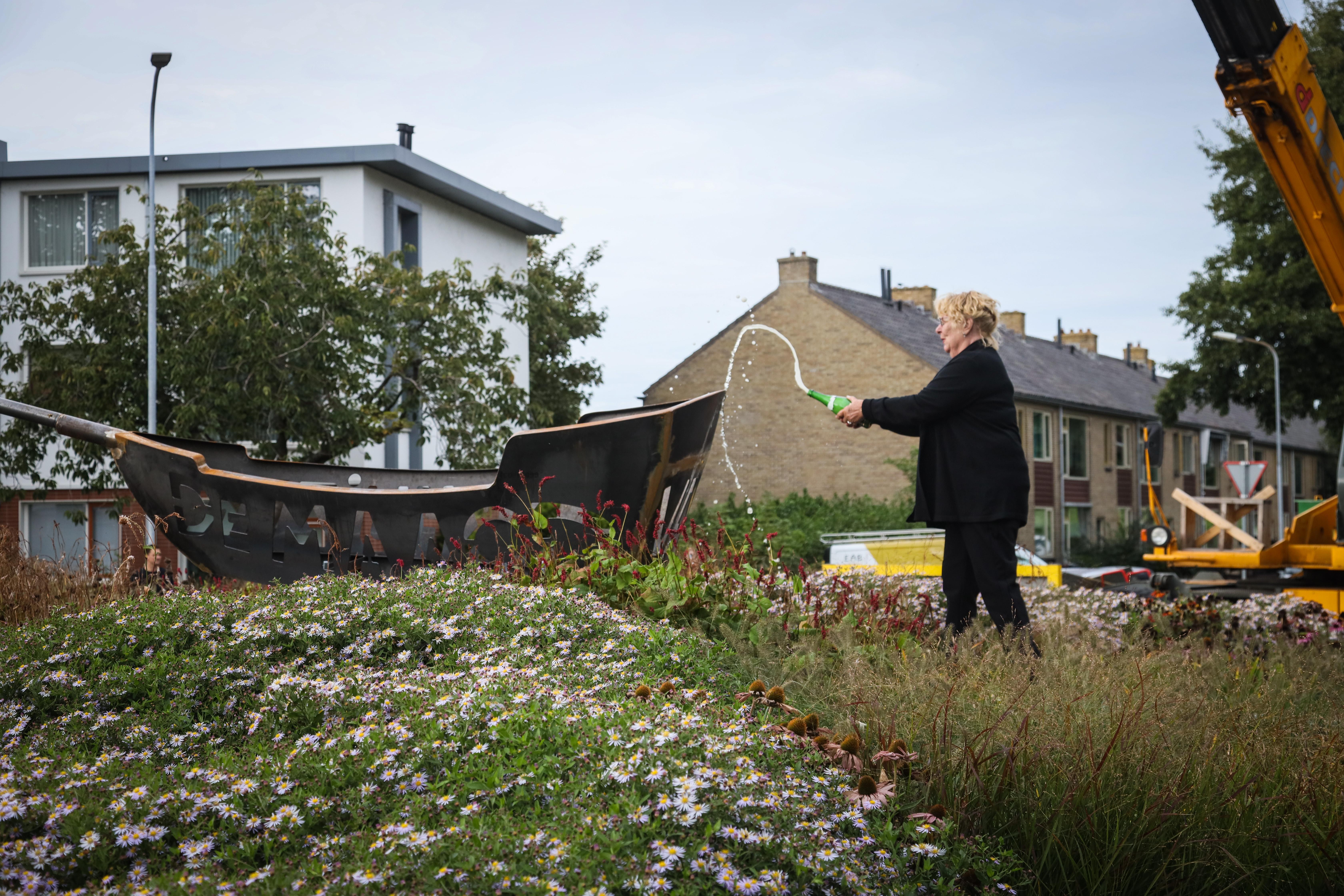 Stichting De Maagd van Enkhuizen onthult laatste beeld en heft zichzelf nu op