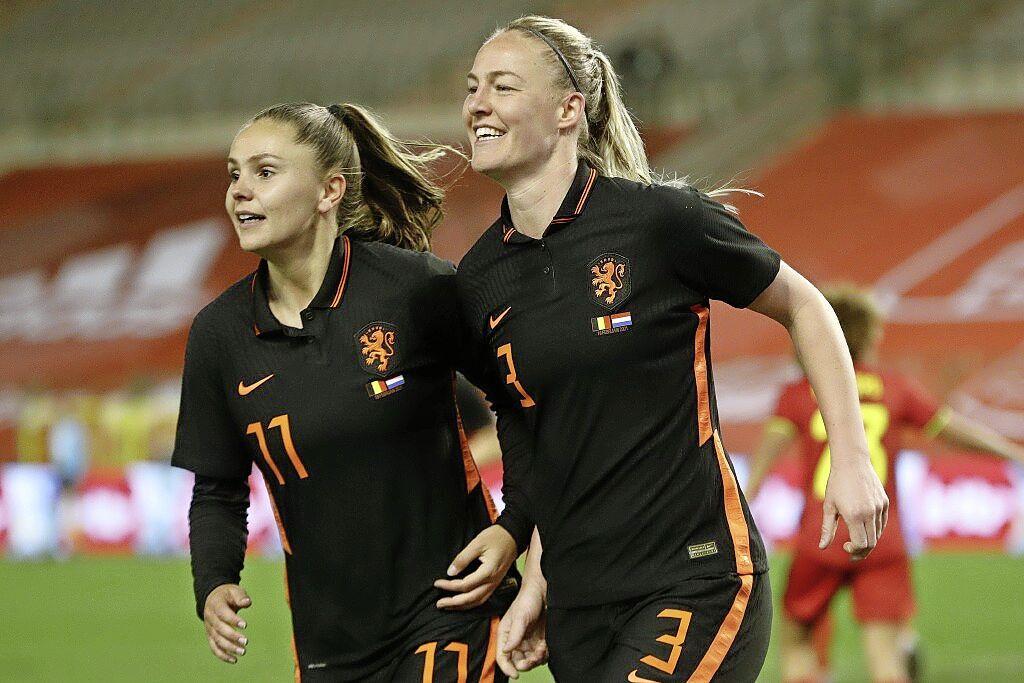 Nog één keer de focus op Ajax, daarna richt voetbalster Stefanie van der Gragt zich volledig op de Olympische Spelen met de Oranje Leeuwinnen: 'Het is een droom om daar voor de eerste keer aan mee te doen'