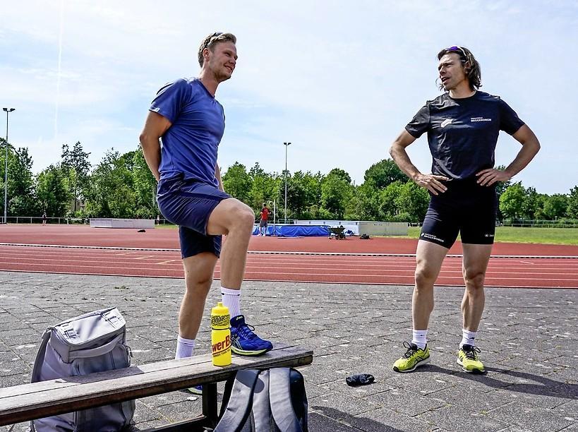 Olympisch kampioen Lorentzen kijkt rond bij team van Kjeld Nuis: 'Uiteraard hoop ik dat hij erbij komt'