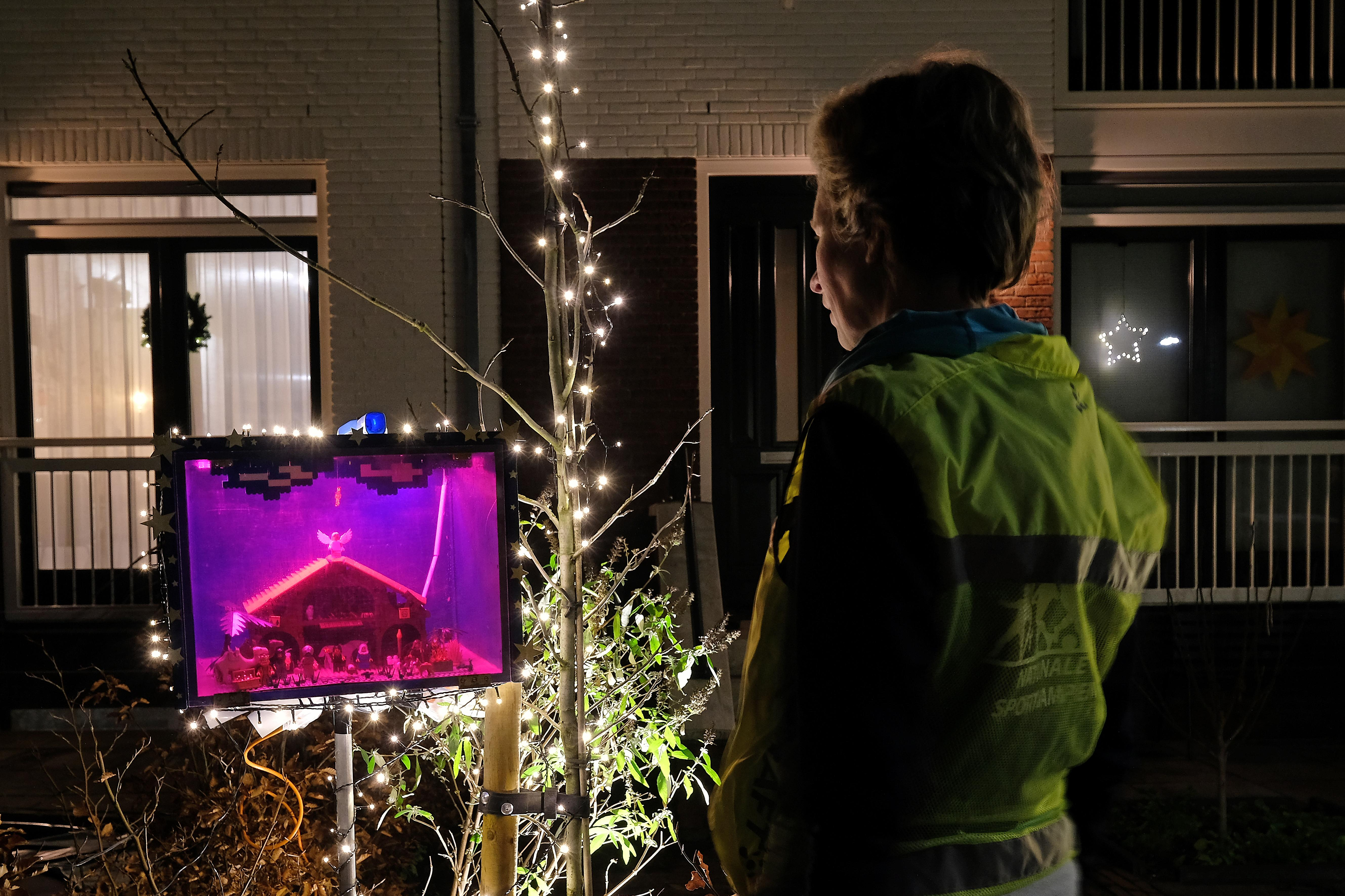 Baarnse Kerststallenroute gaat weer van start, met opnieuw meer stallen dan vorig jaar, 263 maar liefst! Oproep: kom niet allemaal met kerst