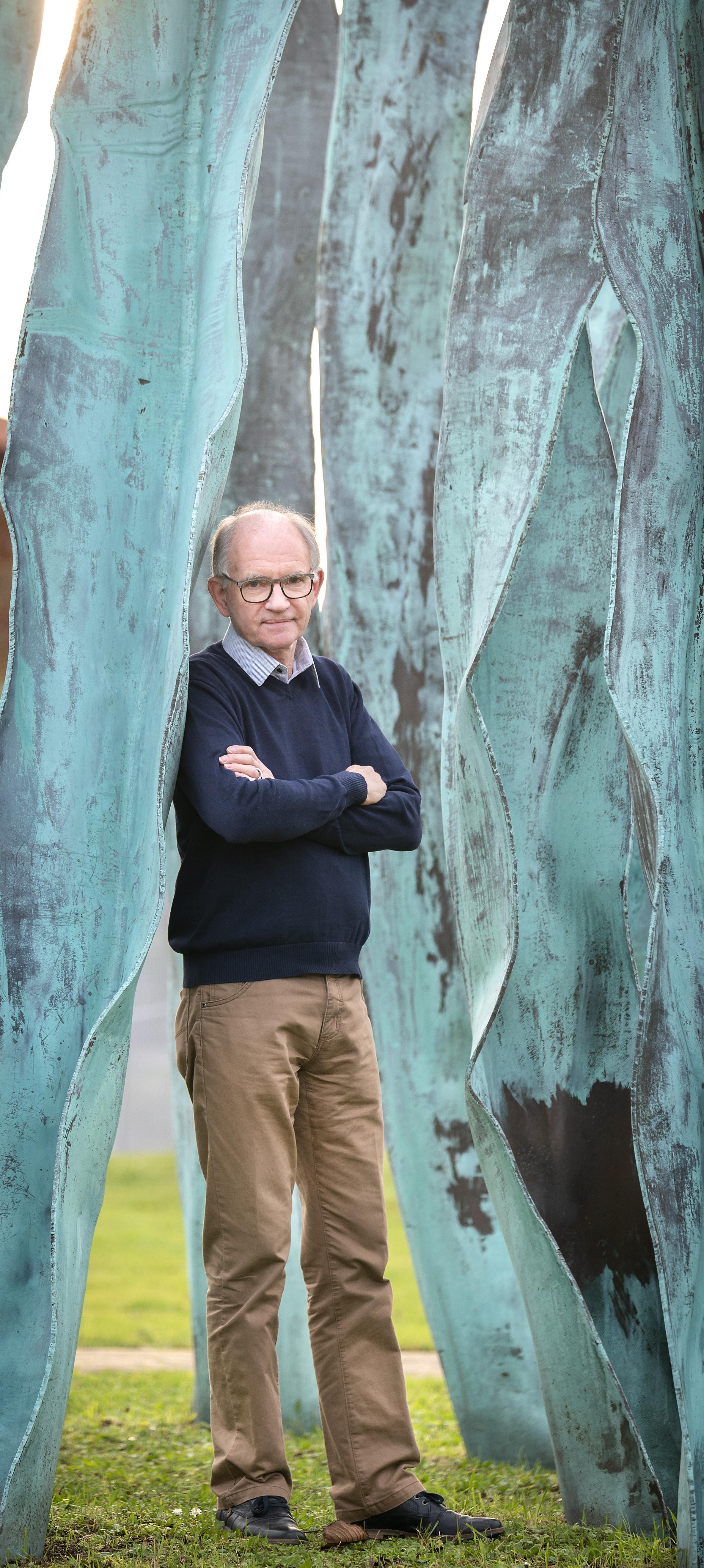 Wim Groenhart maakt voor eigen rekening een replica van de verdwenen Haarlemse ambtsketen