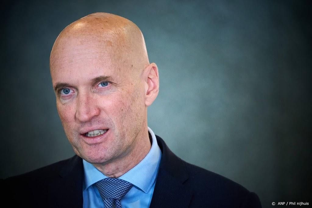 Ernst Kuipers praat Nederland bij over coronadrukte ziekenhuizen