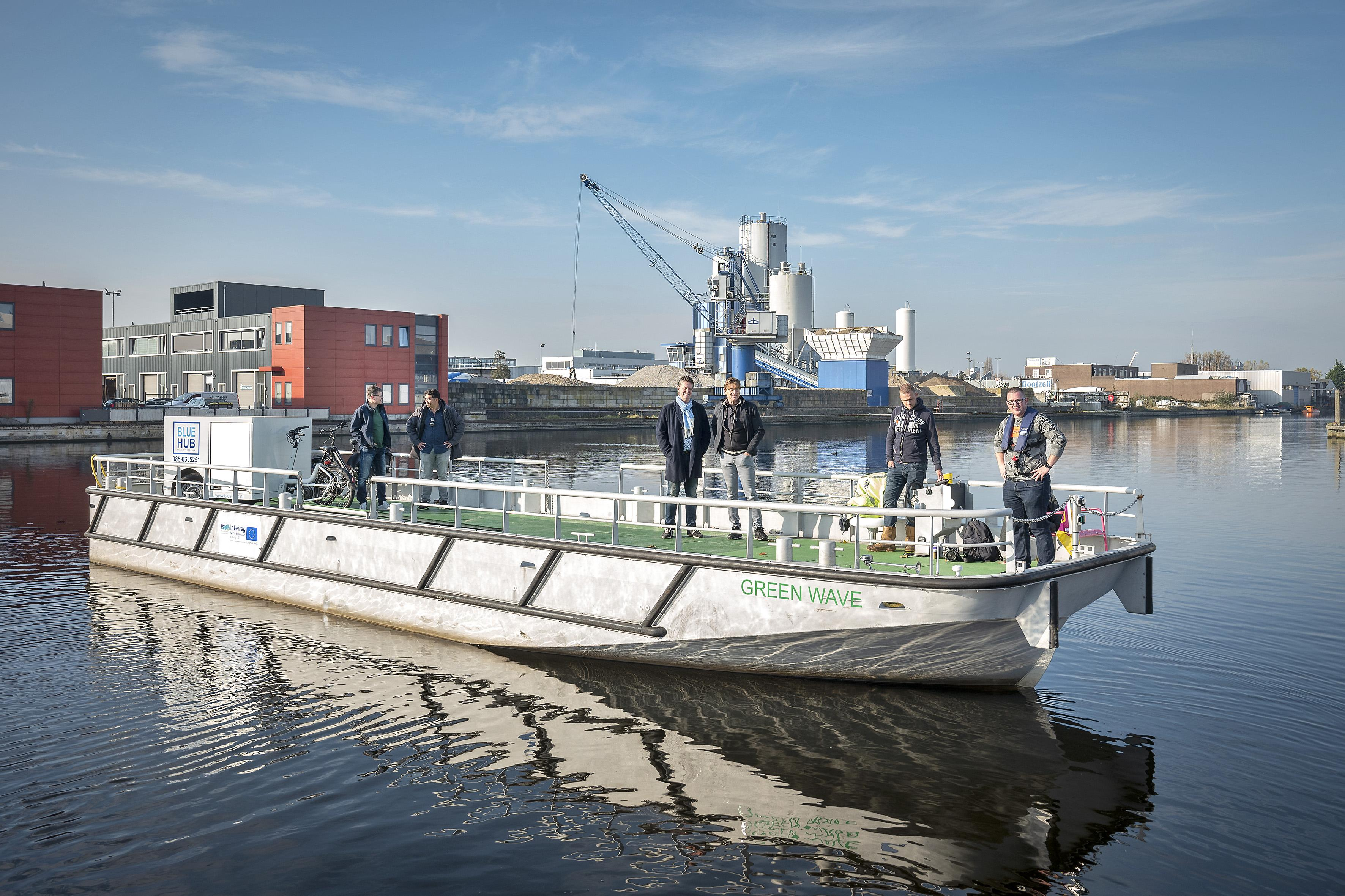 Een Haarlems stadsschip als alternatief voor de vrachtwagen: filevrij naar het dichtslibbende stadshart