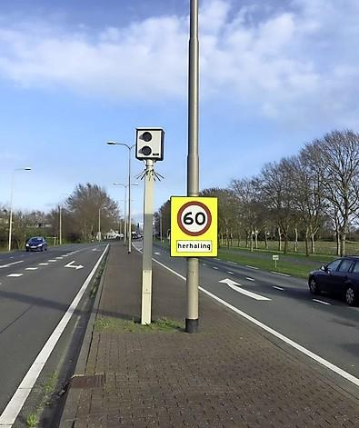 Te hard rijdende automobilisten spekken vooral langs N201 bij Vreeland de staatskas: miljoenen aan opbrengst