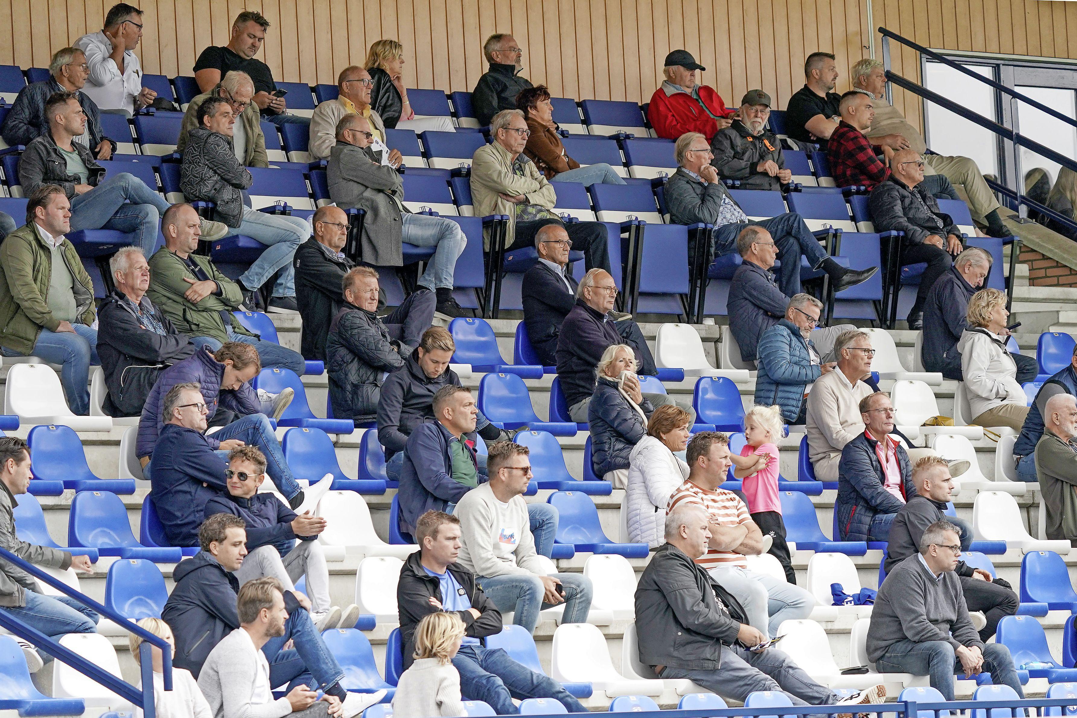 Gemeente Katwijk legt verzoek van vijf voetbalclubs om kwijtschelding van jaar veldhuur naast zich neer: 'Ietwat teleurstellend vind ik dit wel'