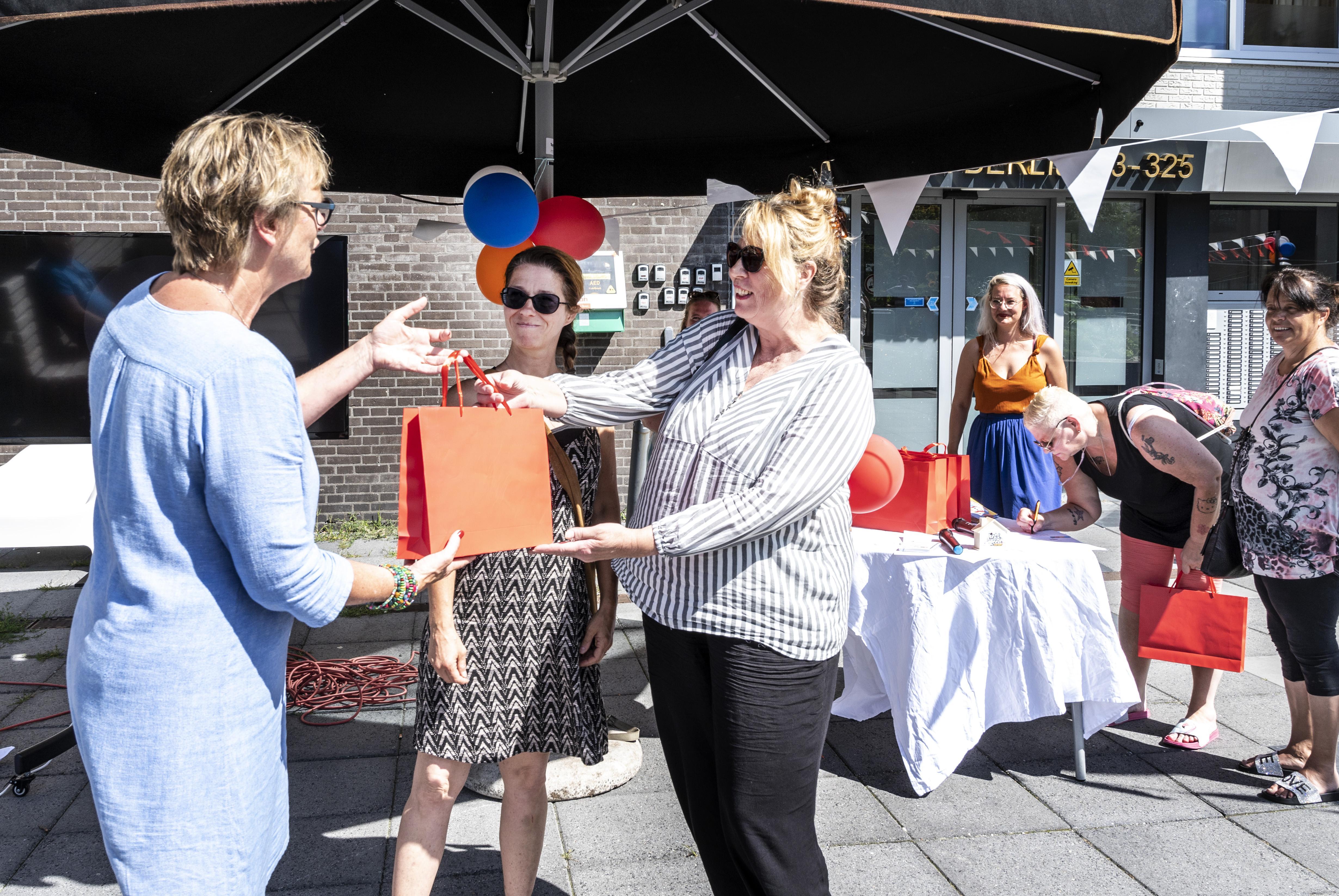'Kleinigheidje voor je buren' met Haarlems project Lief & Leedstraten
