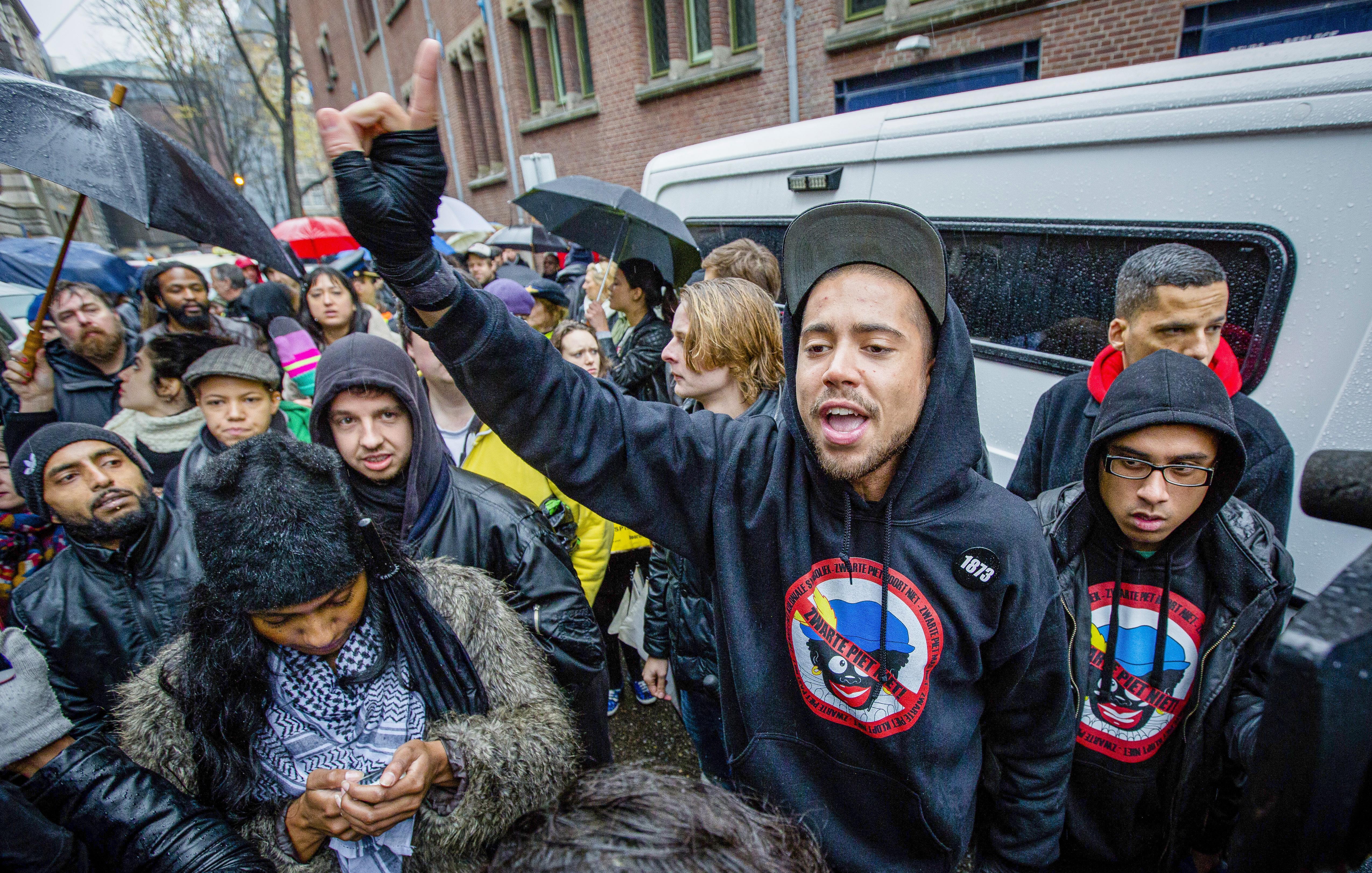 Nieuwe stadsdichter Haarlem onder vuur om Holocaust-teksten