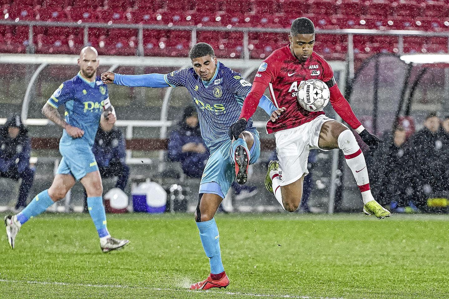 AZ wint vierde ontmoeting wél van FC Utrecht; oefenduel in Wijdewormer eindigt in 1-0
