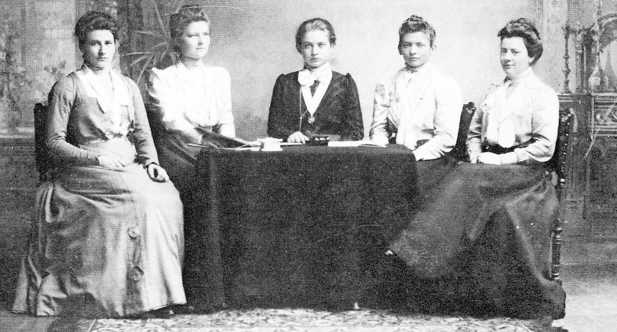 De eerste vrouwen aan de Leidse universiteit: 'Het vergde een verandering van mentaliteit in de samenleving'