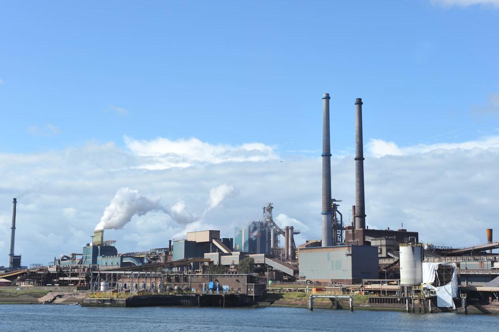 Tata Steel belangrijker dan nieuwe woningen | Stem op de IJmondstelling