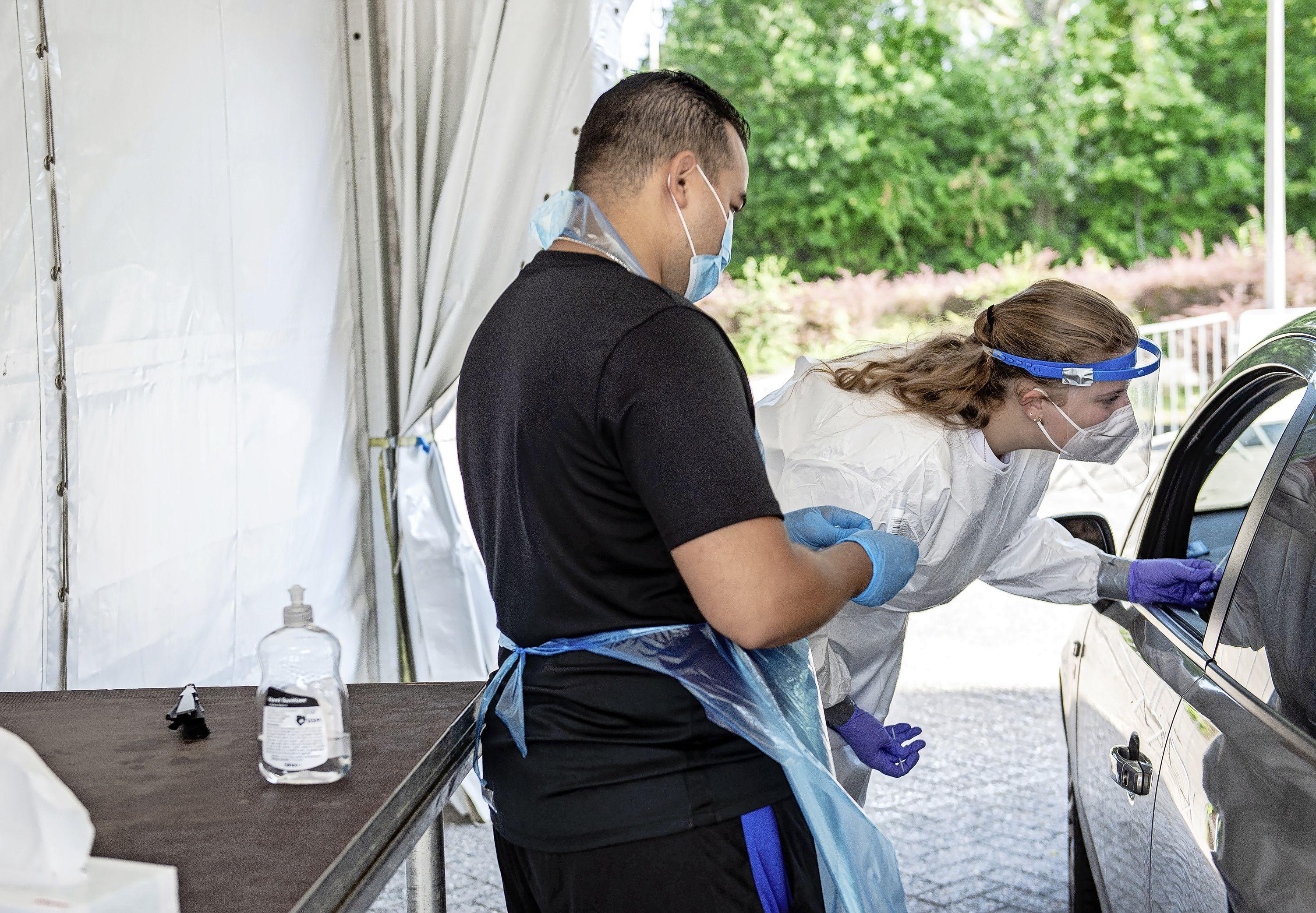 Drie inwoners Zaanstreek-Waterland bezweken aan corona, iets meer regionale patiënten naar het ziekenhuis