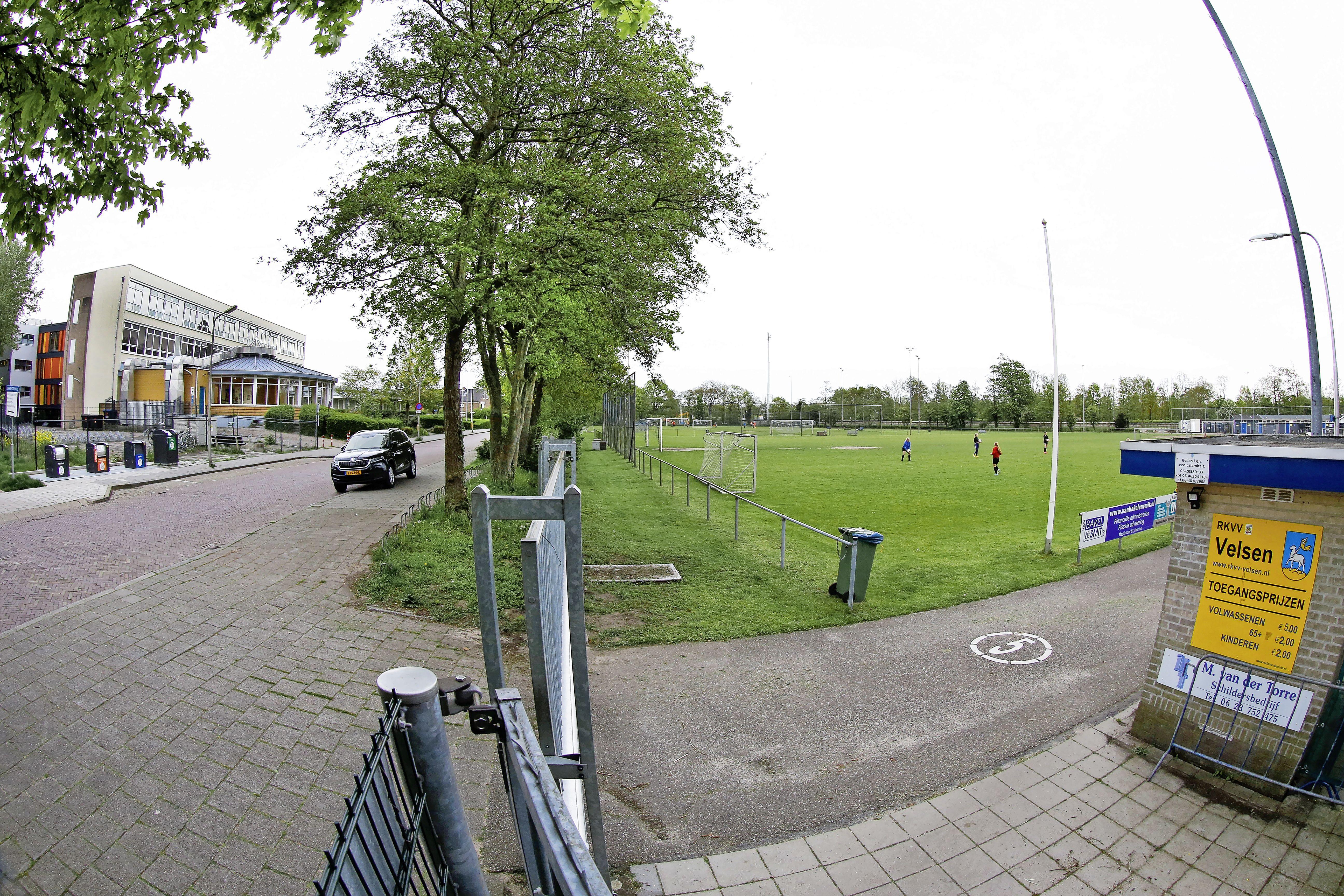 Verbazing over afblazen woningbouw op voetbalvelden RKVV Velsen: is de streep door de 2900 te bouwen woningen niet voorbarig?