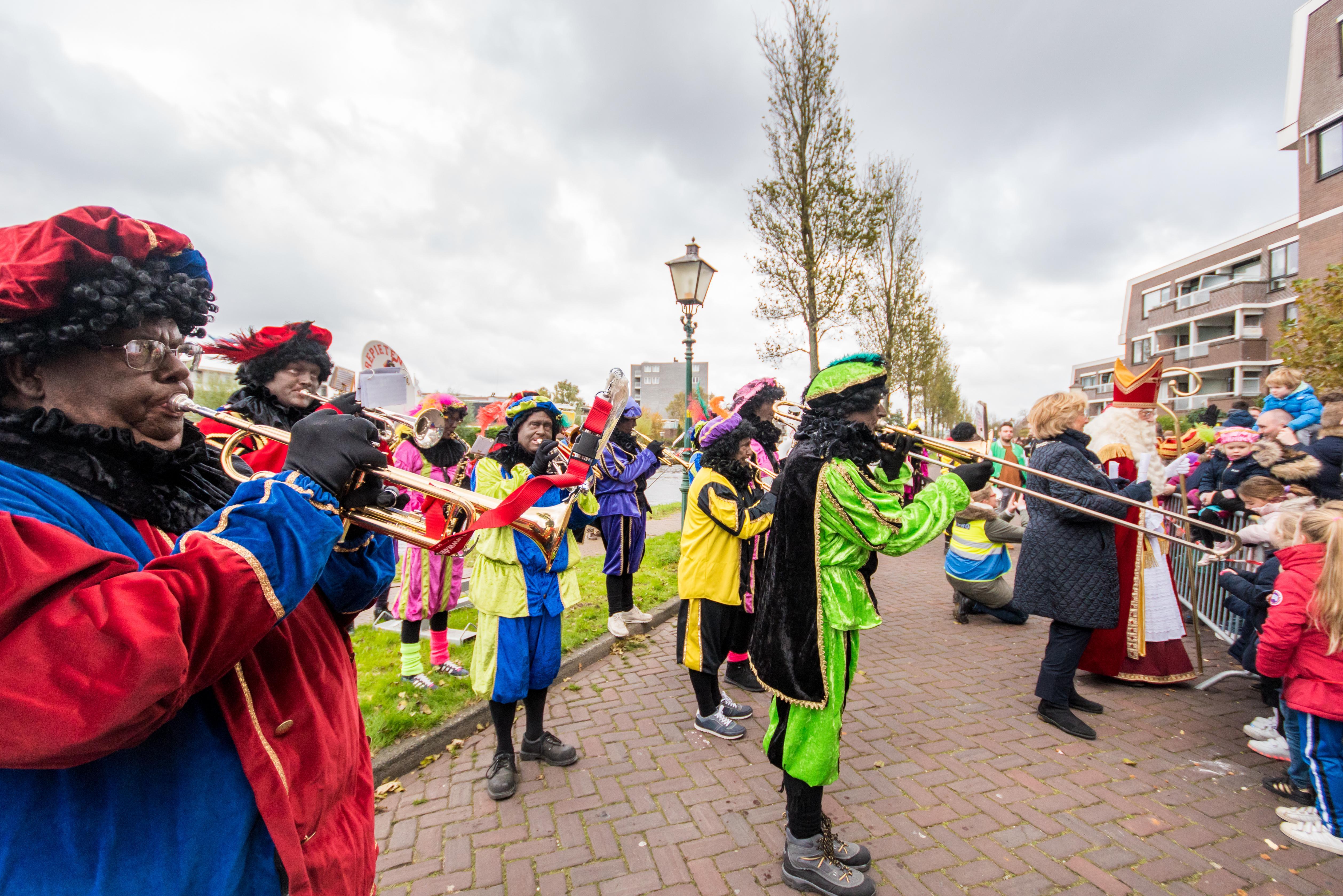 Sint Nicolaas Intocht Leiderdorp neemt met spijt afscheid van Zwarte Piet