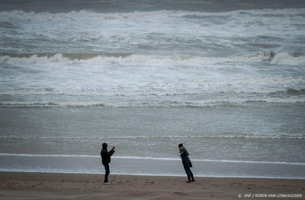 Eerste winterstorm bereikt op zee windkracht 10