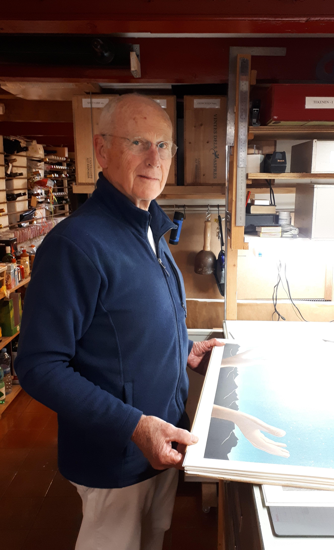 Kunstenaar Gijs Elzinga heeft nieuw project met prenten 'Tovenaarsleerling'