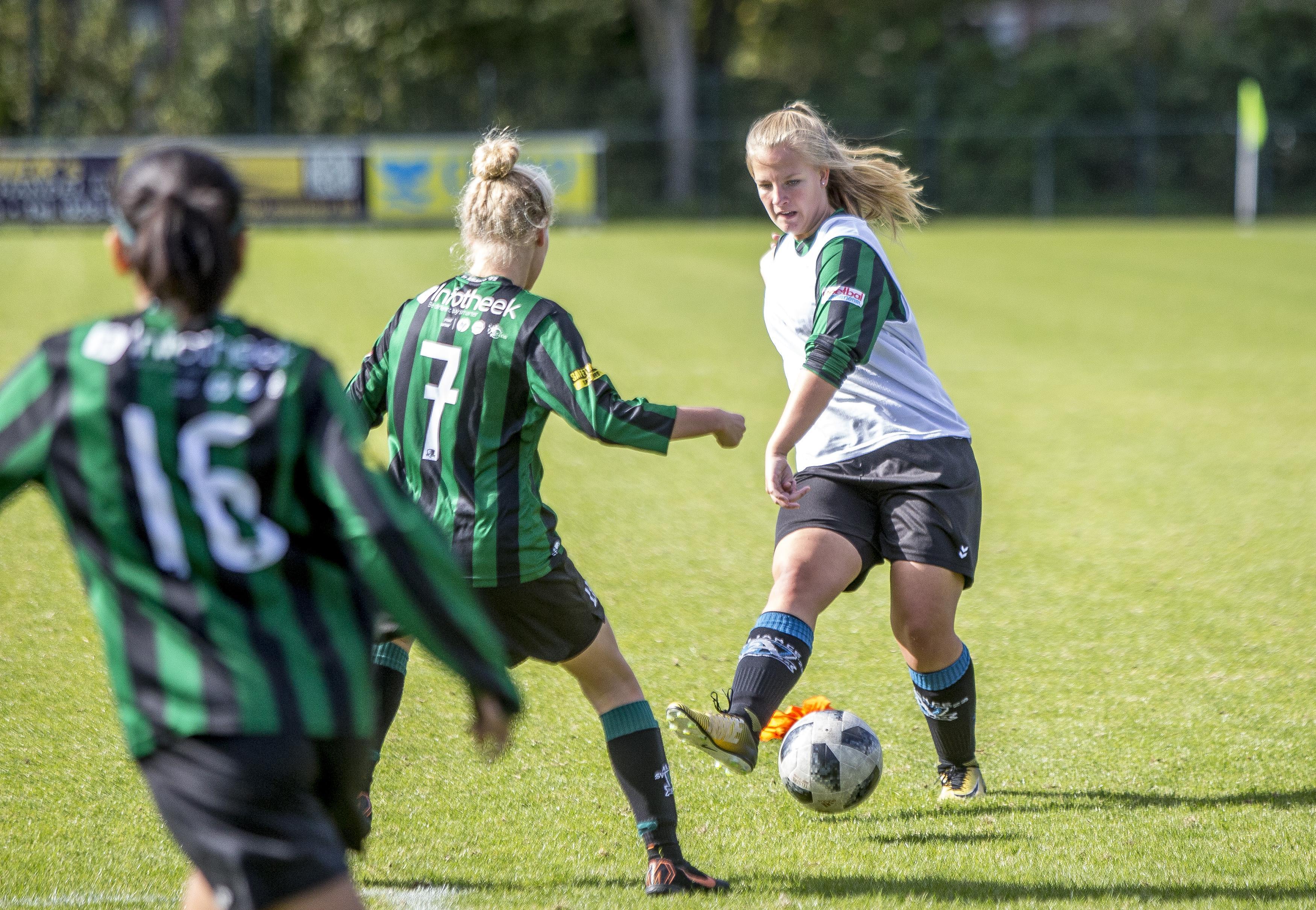 Feyenoord tegen de meiden van Alliance