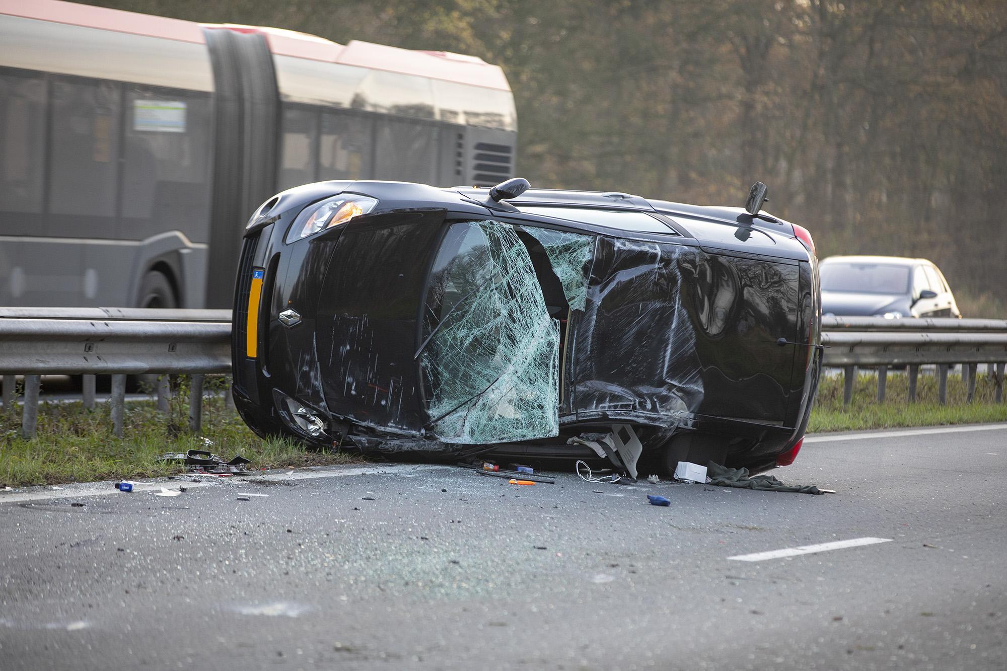Opstopping door ongeval op Schipholweg bij Vijfhuizen [update]