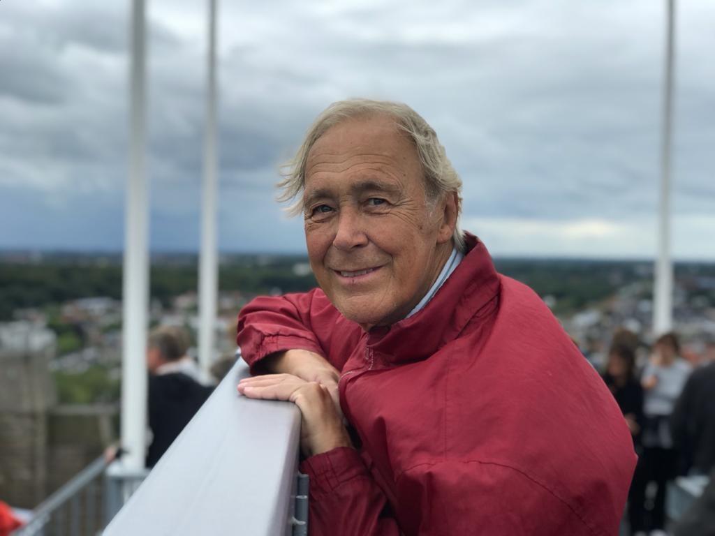 Evert Jan Stoel (1941-2021): Een makelaar die op het dak klom en elke scheur in de muur kon verklaren