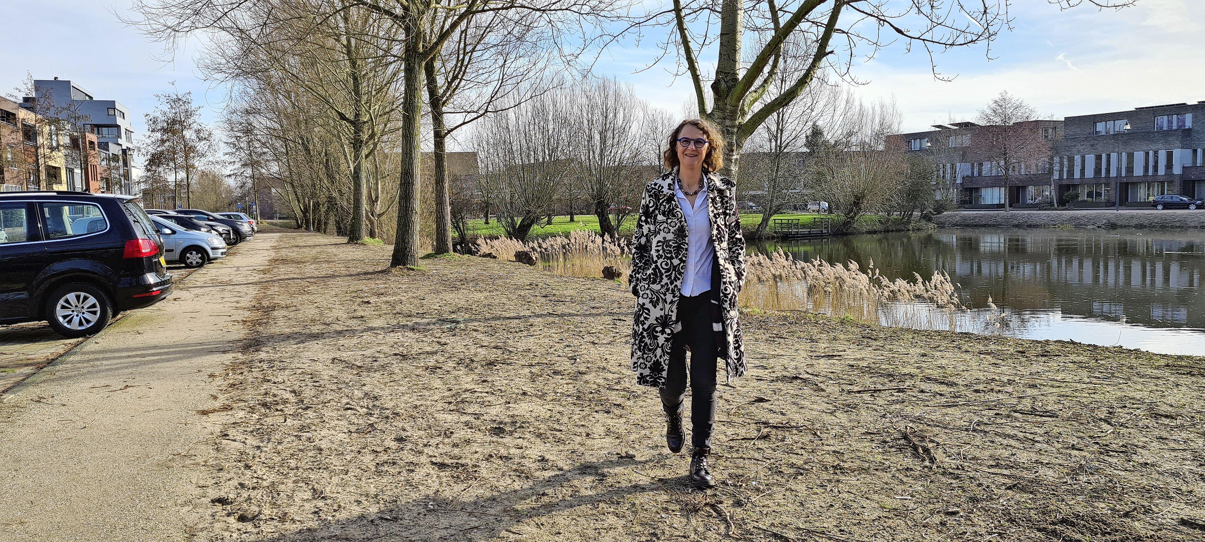 Dankzij Nelleke en haar straatgenoten is de Minervalaan een stukje groener. En dat is hard nodig in tijden van klimaatverandering