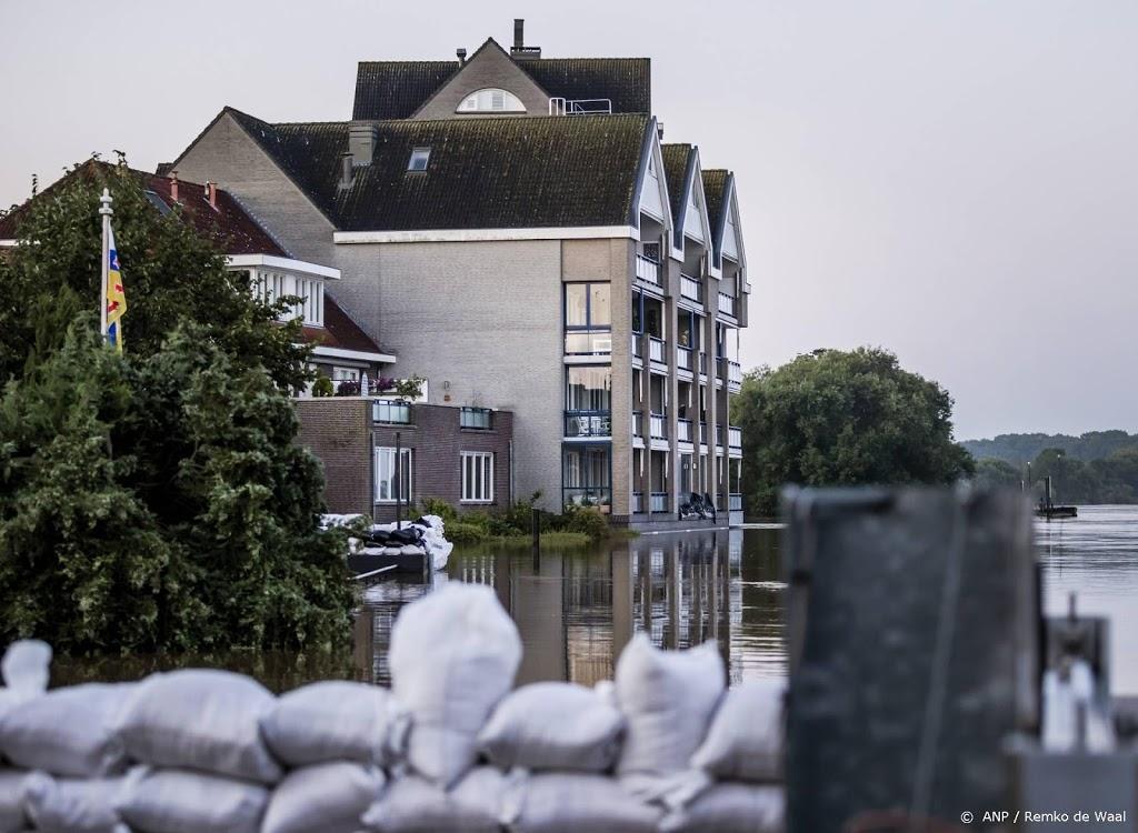 Hoogwaterpiek Maas vlakt af in Noord-Limburg