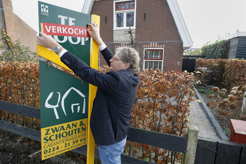 In één weekend 75 belletjes voor een huis in Dirkshorn. Blijkbaar duiken de mensen ook in de regio Schagen op huizen die in de verkoop komen