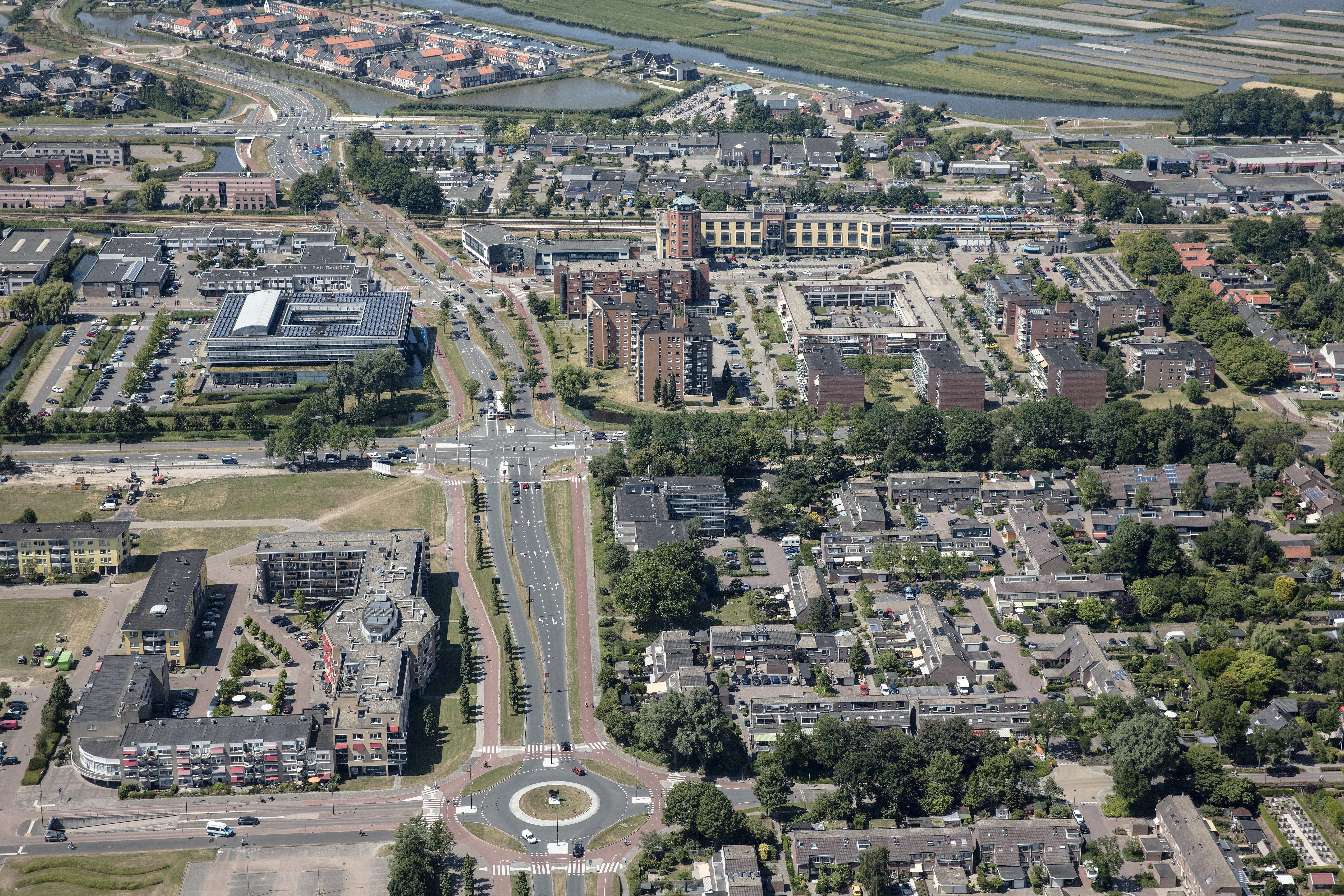 Beleggers die koopwoningen opkopen en ze vervolgens verhuren. De VVD in Heerhugowaard wil dat het college maatregelen neemt om dit te voorkomen.