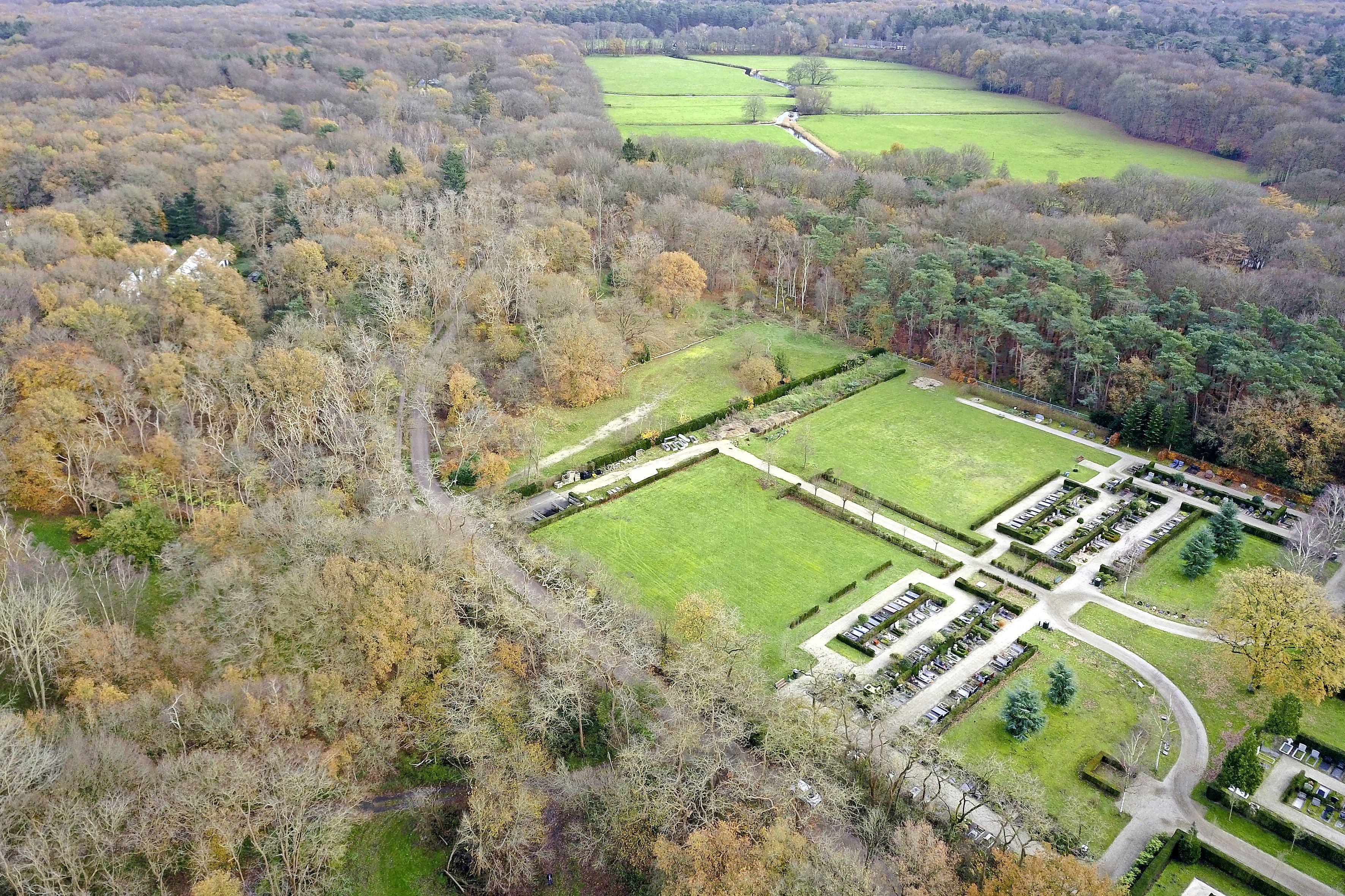 Eerste natuurbegraafplaats van het Gooi in gebruik genomen; rondleidingen voor belangstellenden