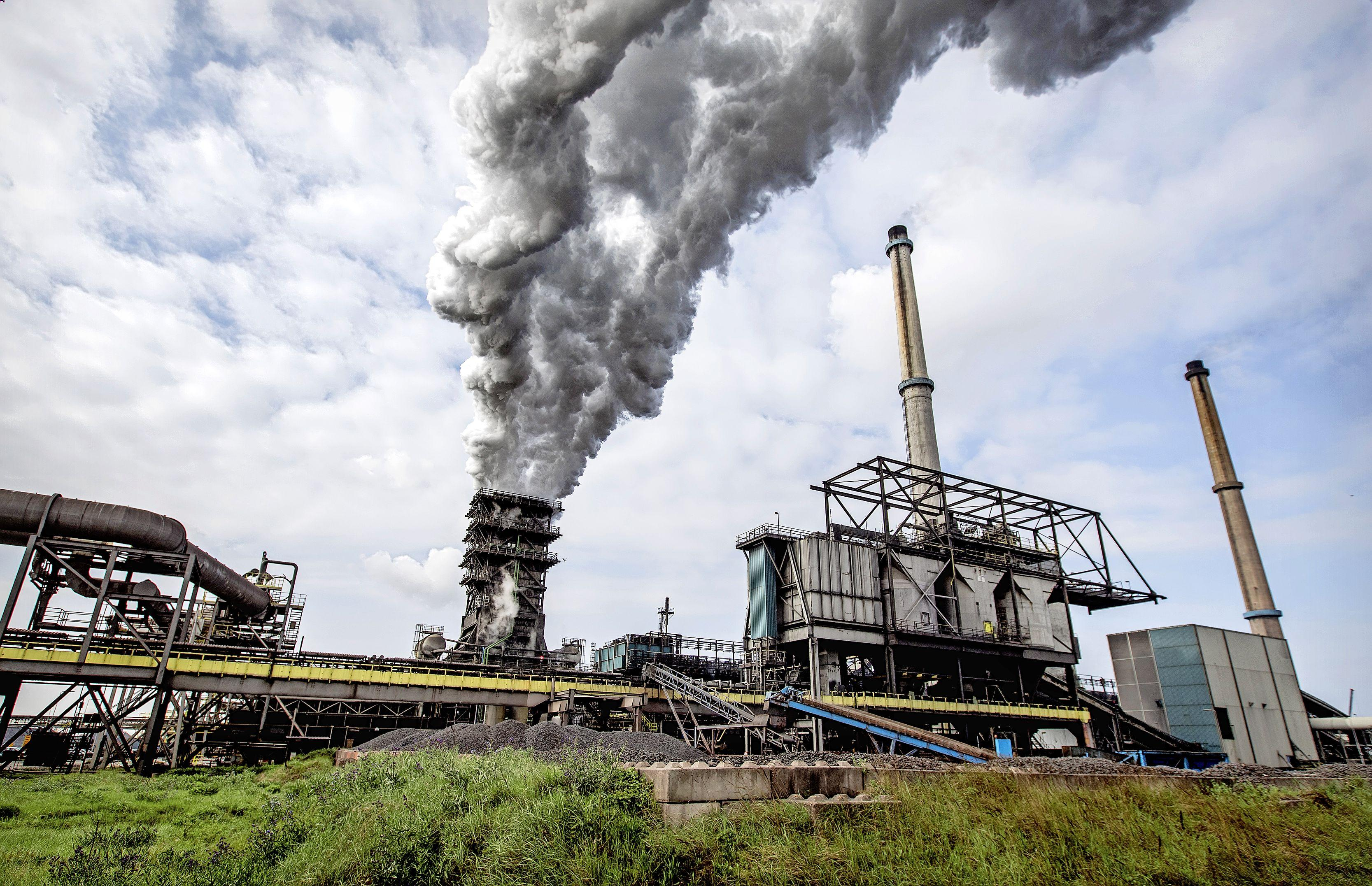 Onderzoeksraad onderzoekt risico's industriële uitstoot bij Tata Steel