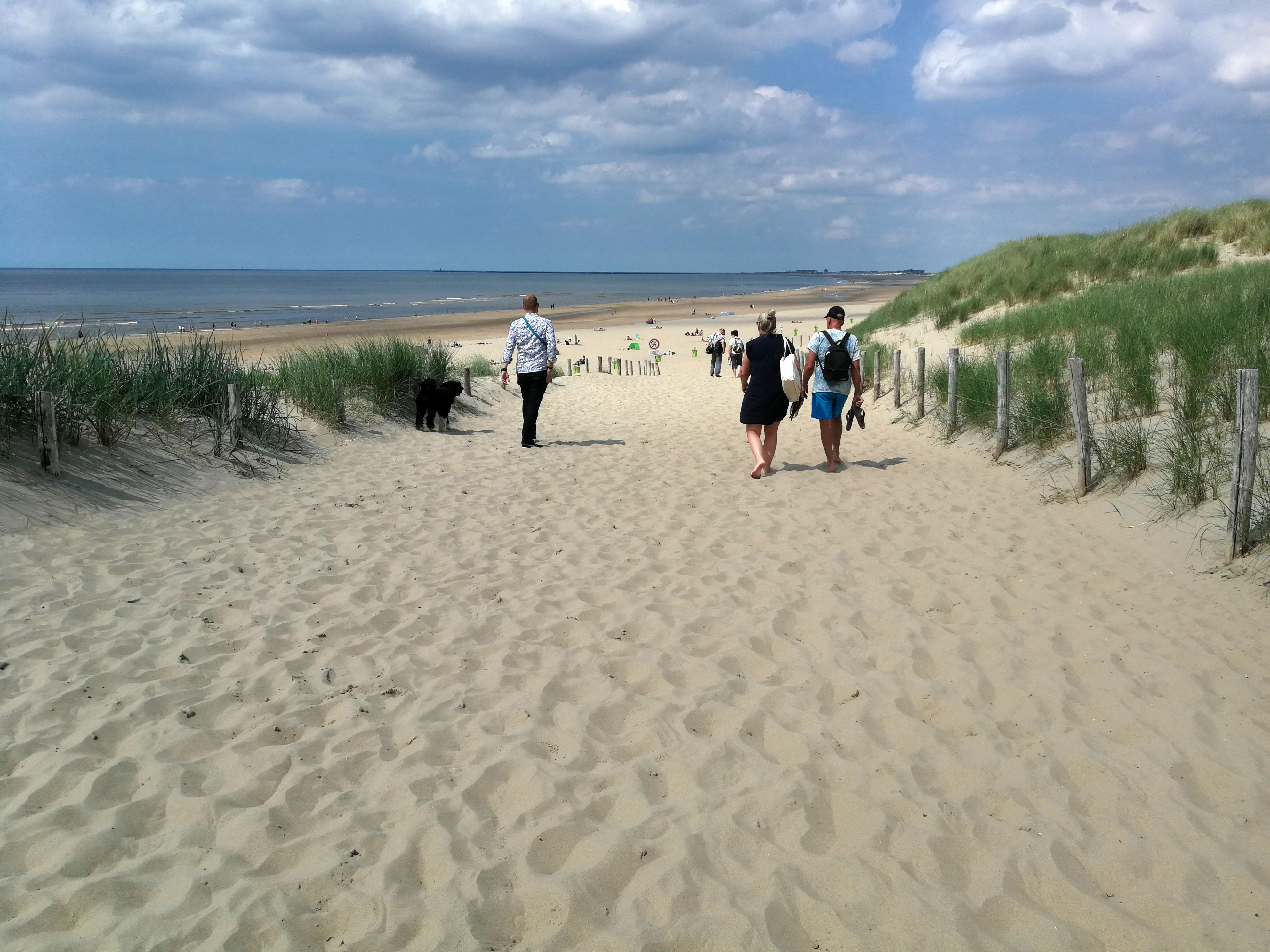 België scherpt reisadvies aan en waarschuwt voor reizen naar Noord-Holland, Zuid-Holland en Zeeland