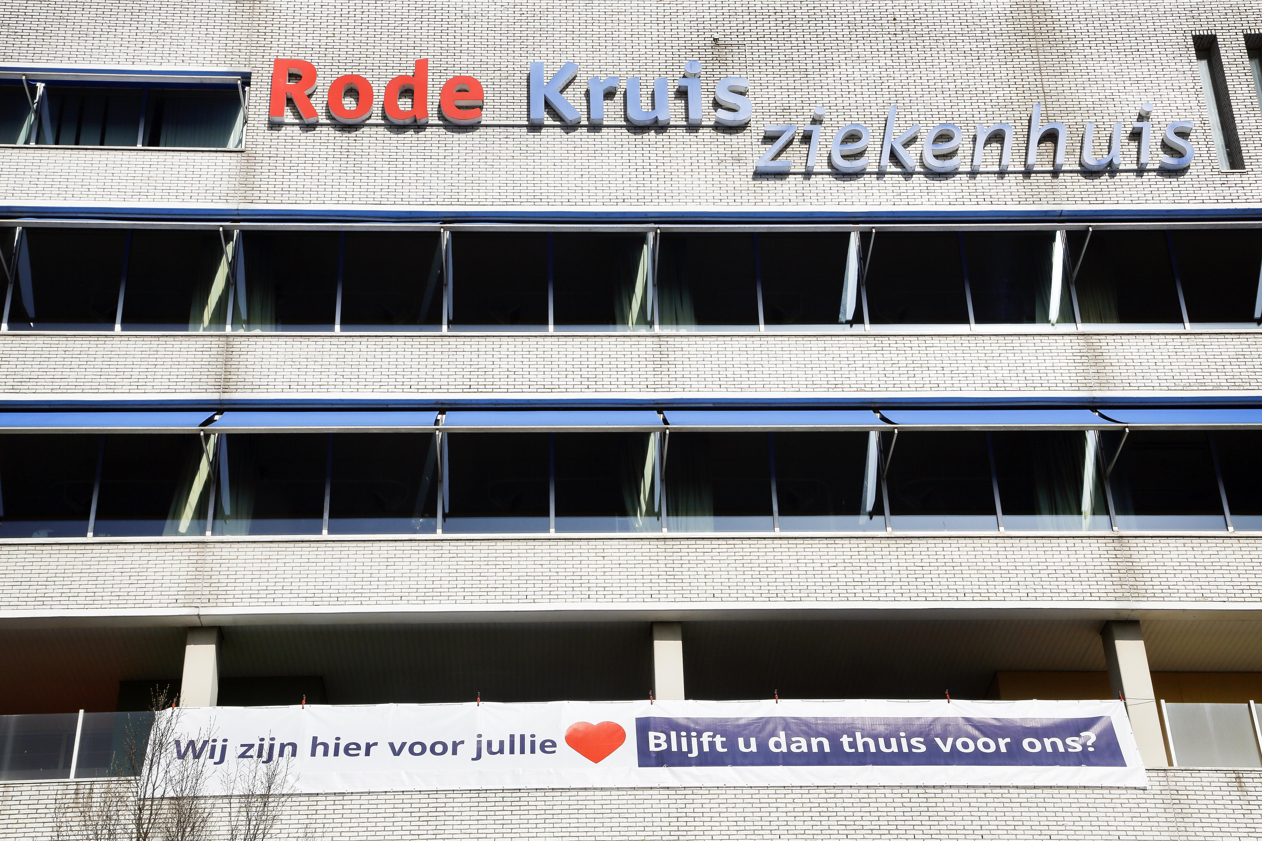Rode Kruis Ziekenhuis in Beverwijk schaalt stapje voor stapje de covid-19 afdelingen af