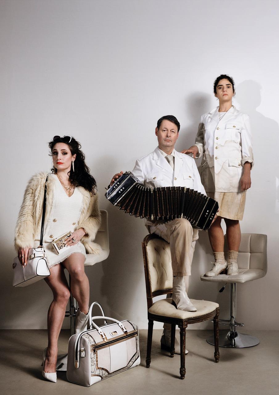 Caprera in Bloemendaal en Toneelschuur in Haarlem gaan samenwerken en brengen theatervoorstellingen in de openlucht