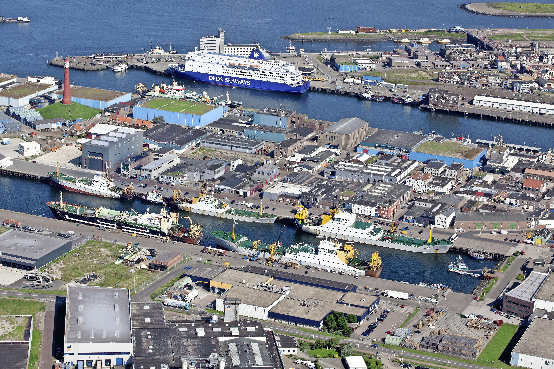 Havengebied IJmuiden is wel schoner, maar wordt beslist niet groener. Er is simpelweg geen geld voor beplanting