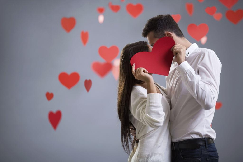 Blijkbaar vond ze die ouwe lul toch de leukste, vertelt Jeroen in de serie 'grenzeloze liefde'