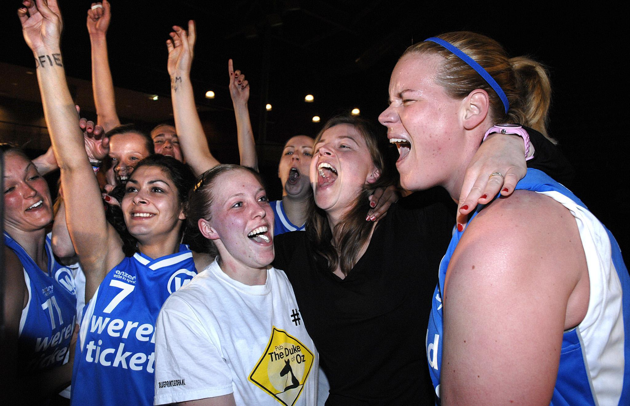 Voormalig WNBA-speelster Marlous Nieuwveen uit Leiderdorp promoveert van assistent- tot hoofdtrainer