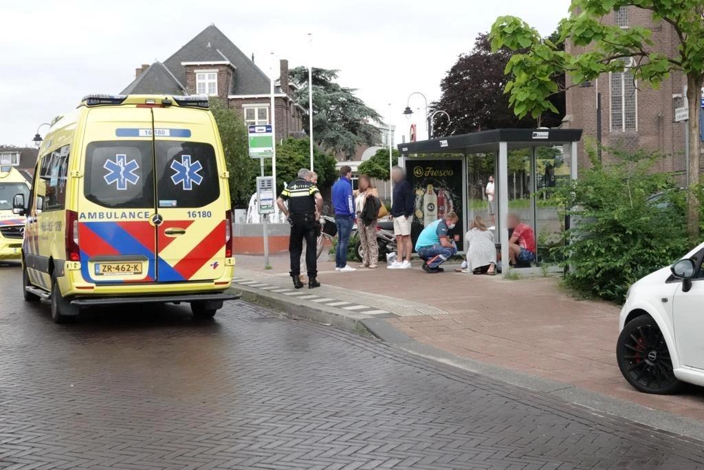 Scooterrijder met slok op veroorzaakt ongeluk in Voorhout: twee gewonden