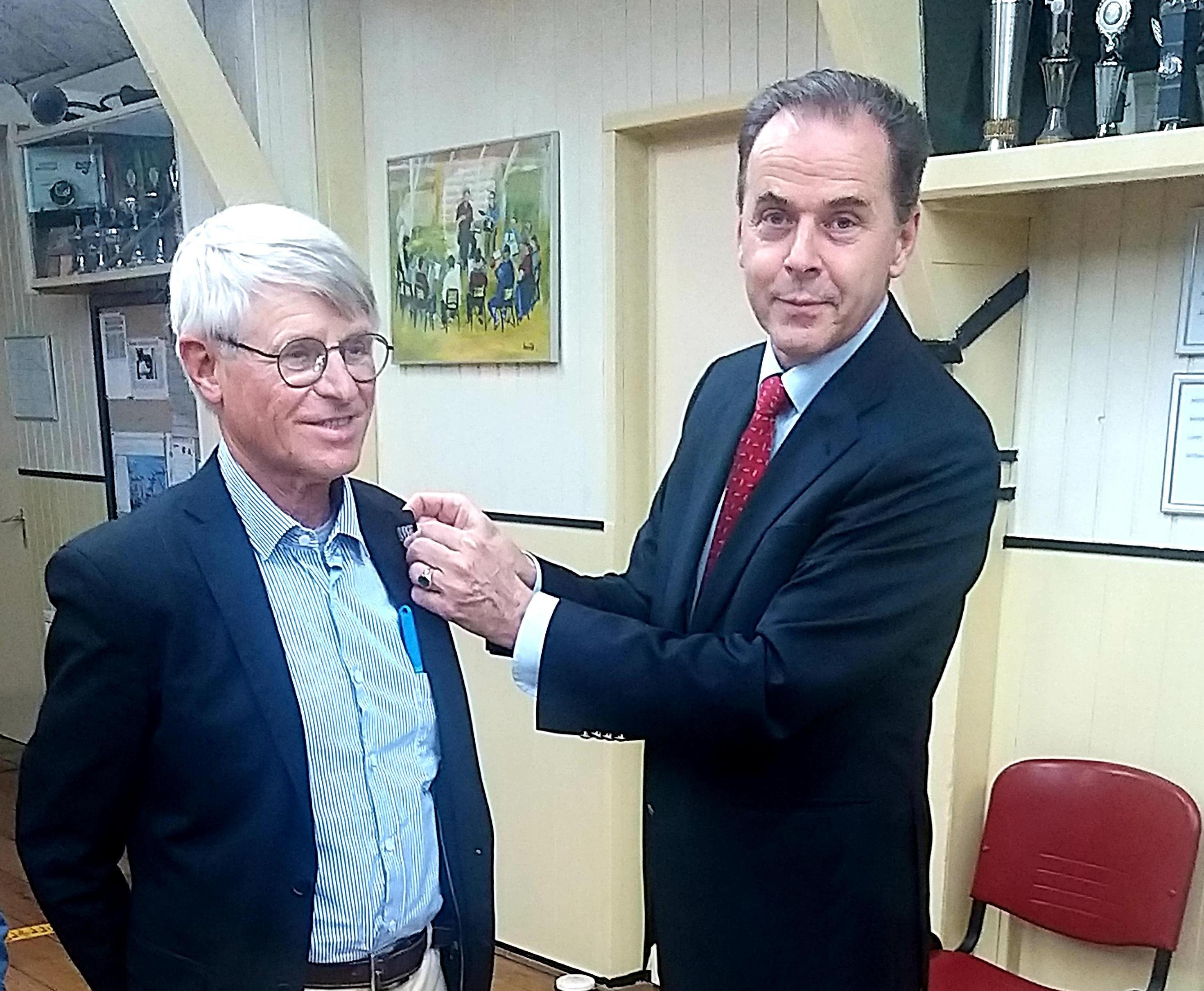 'Meester Jaap' Brakenhoff erelid van historisch genootschap in Beverwijk