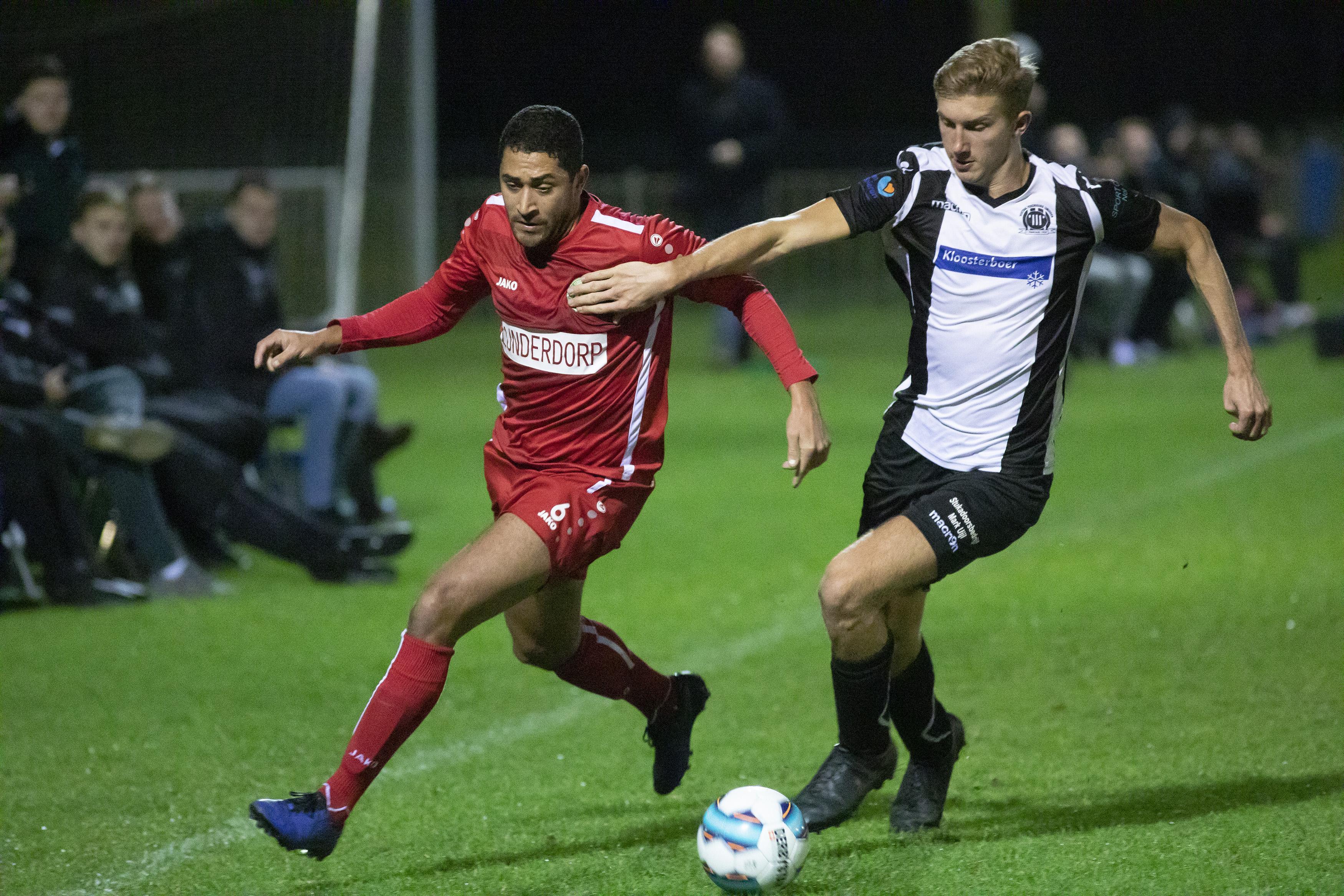 Coronastop. VV IJmuiden speelt voorlopig laatste voetbalwedstrijd. 'Vergeet niet te genieten!'