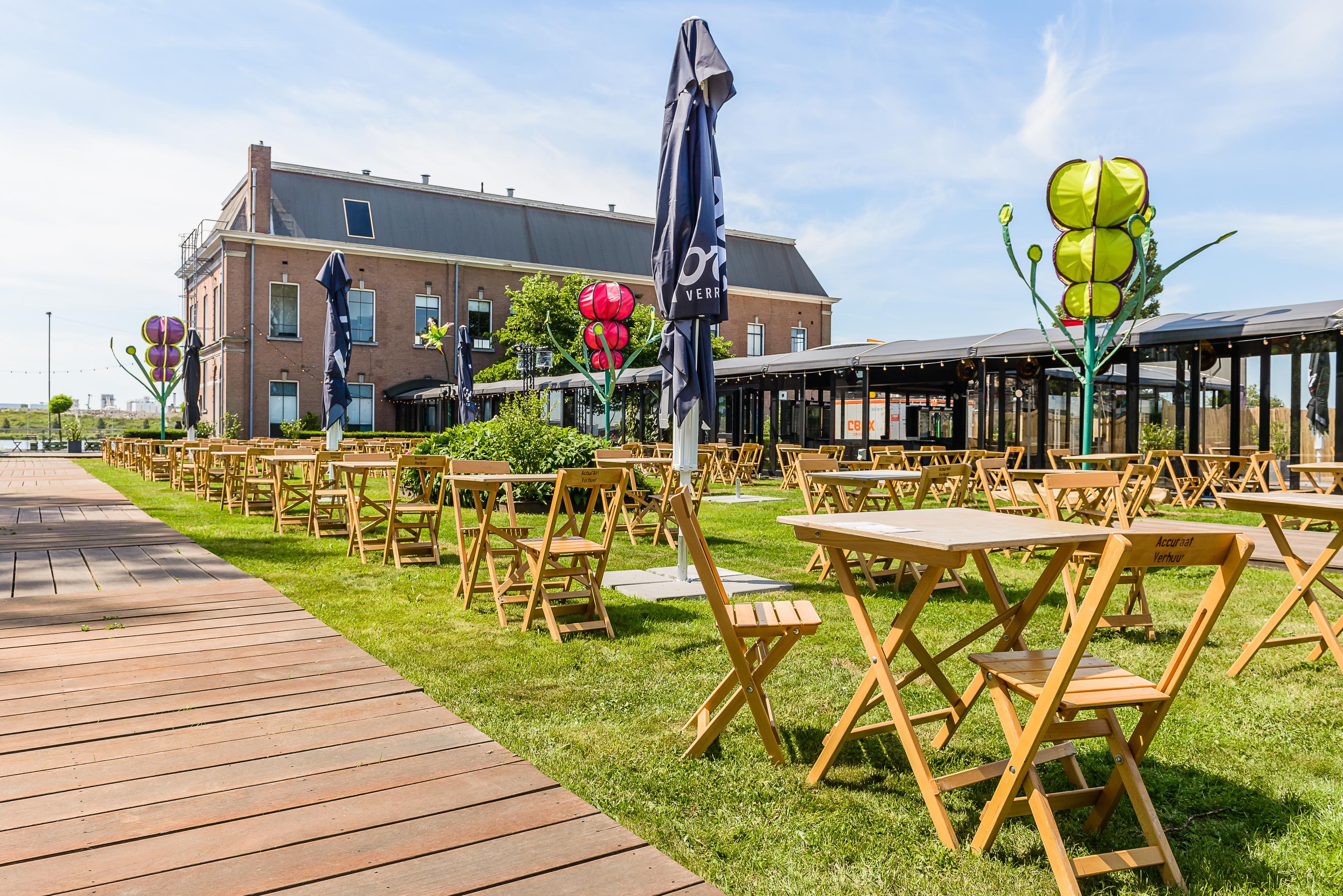 Terrastival de HEMtuin heeft alles: een museum, meerdere terrassen, een dinnershow én een enorm coronaprotocol