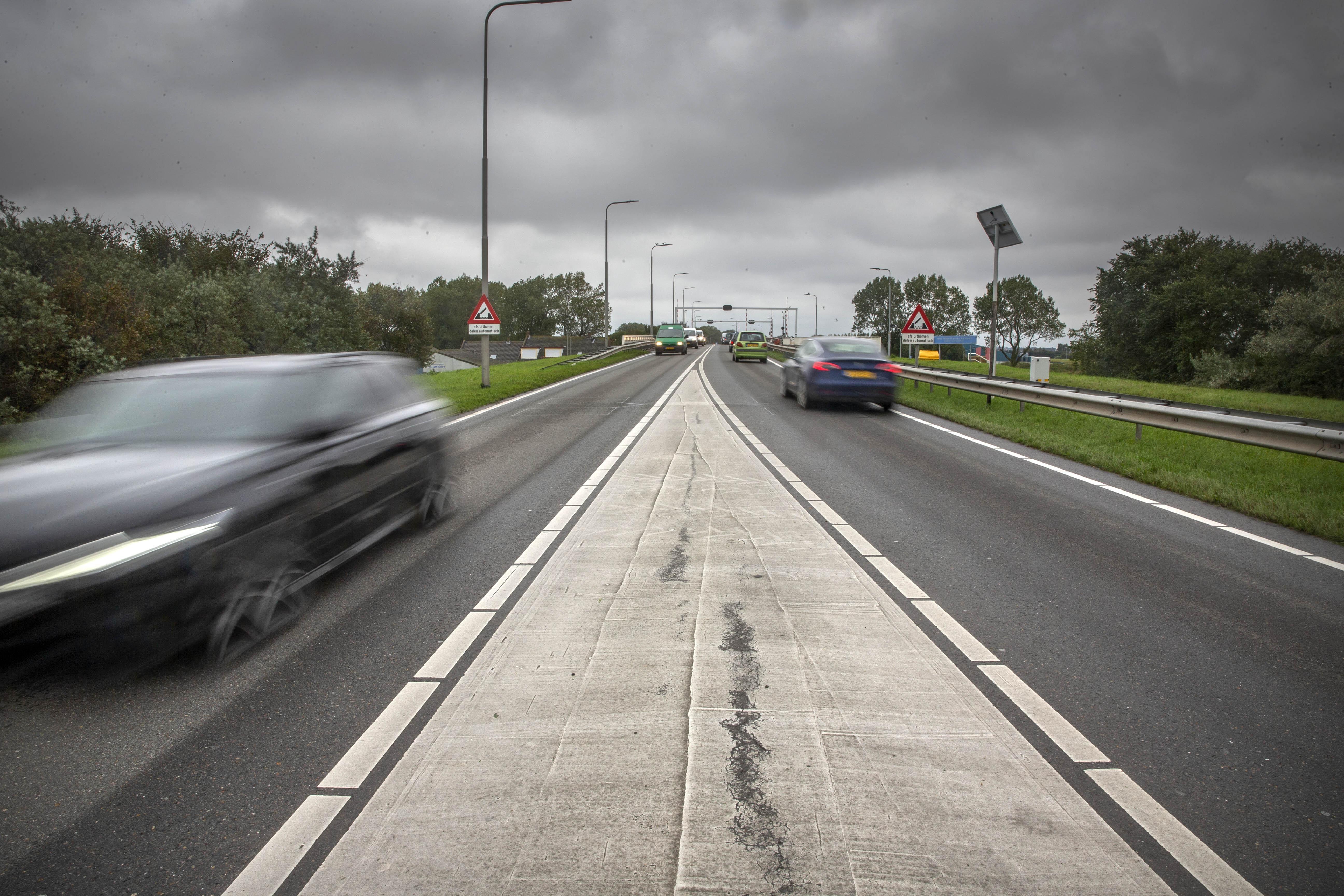 Verkeer kan nachtje niet over de Kooybrug en N99 rijden