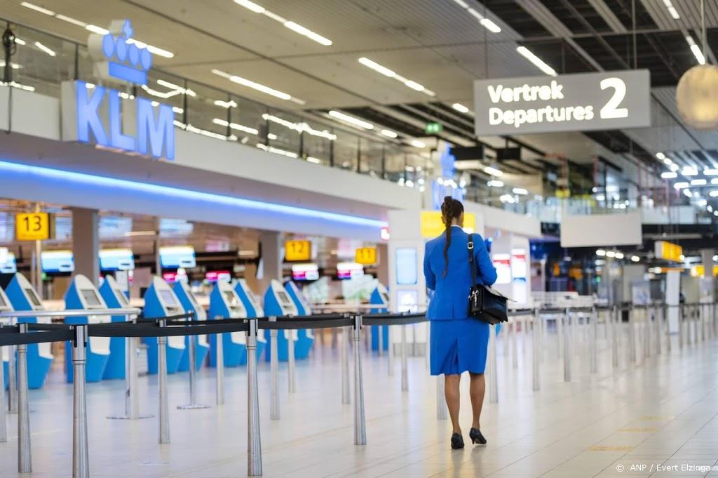 Nederland roder op coronakaart en dat maakt zomervakantie onzeker