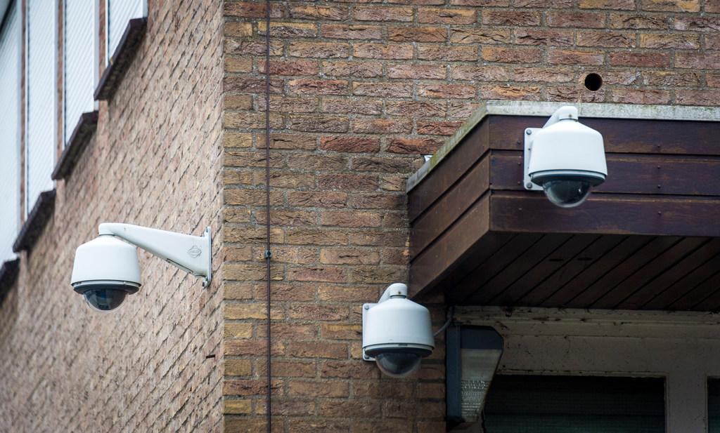 Cameratoezicht op het Binnenhof in Bergen na klachten over overlast en drugshandel