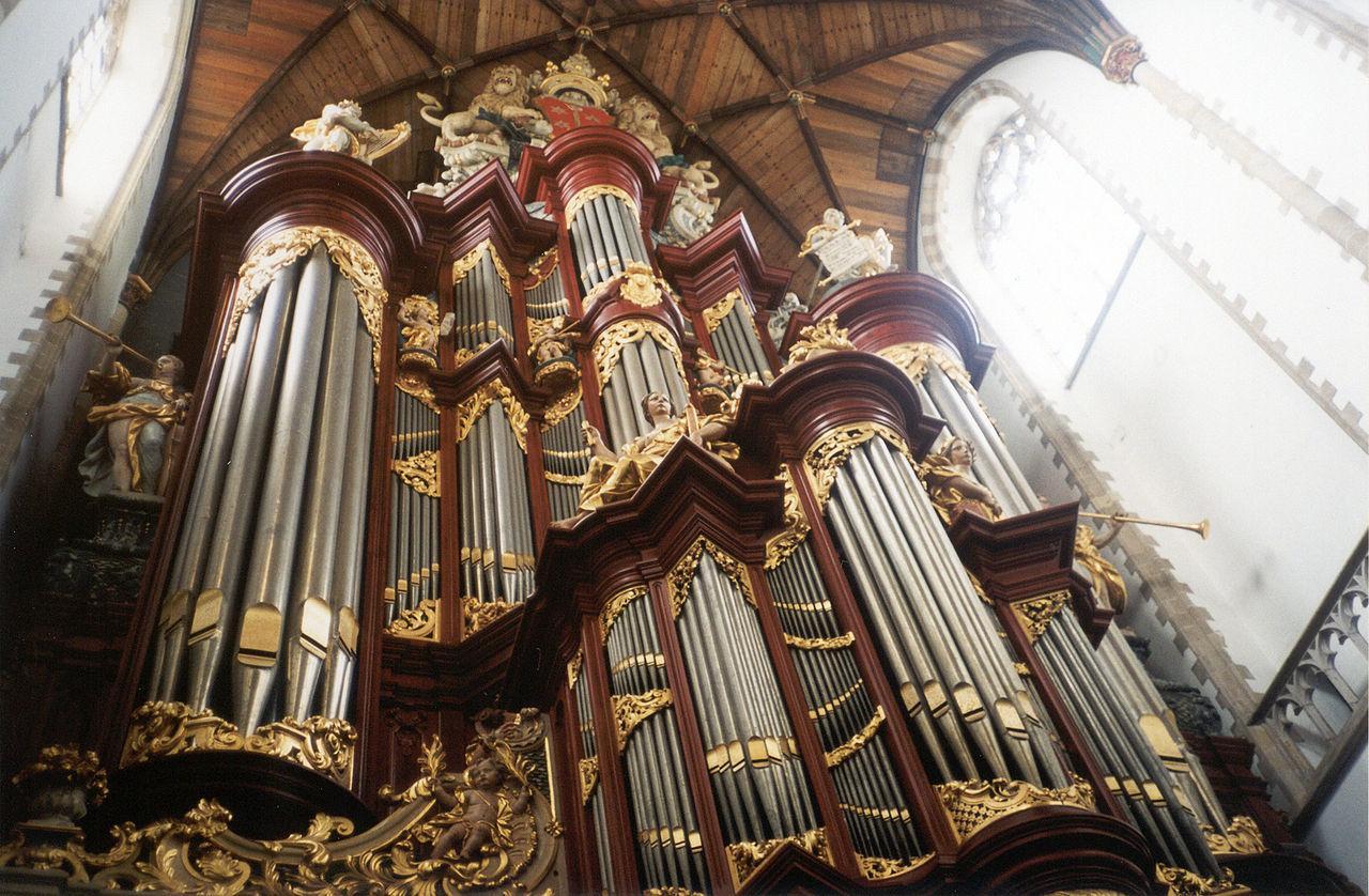 Orgel in de oude Bavo van Haarlem is even hoog als V&D-gebouw