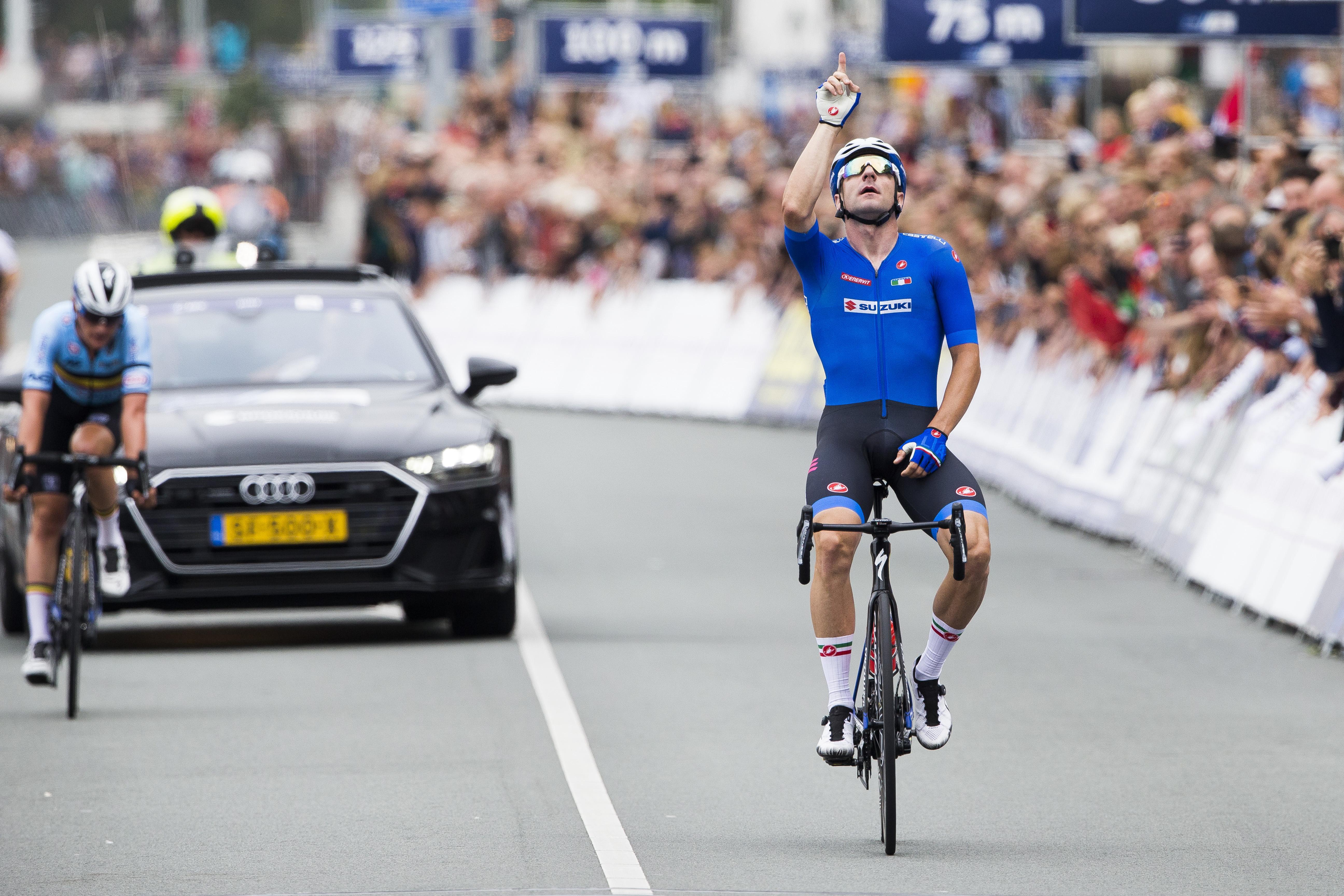 Vorstelijke zege Elia Viviani; Nederland afgetroefd door ijzersterke Italianen op EK wielrennen