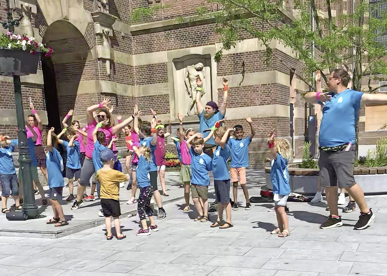 Gezonde flashmob op de Roode Steen in Hoorn